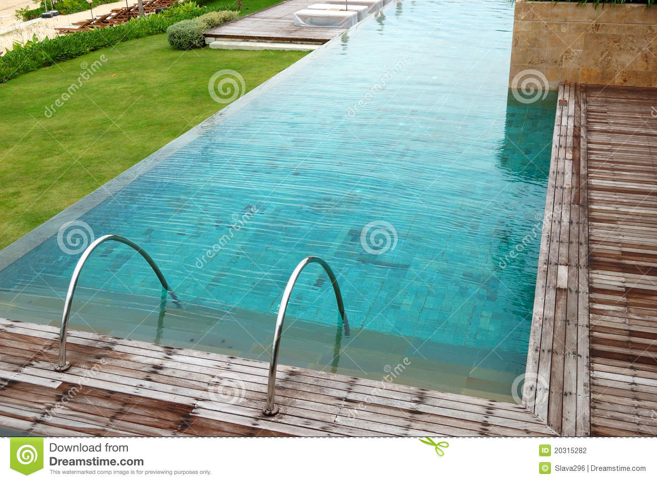 Modern swimming pool at the luxury hotel stock photo image of thailand recreation 20315282 - Modern swimming pool ...