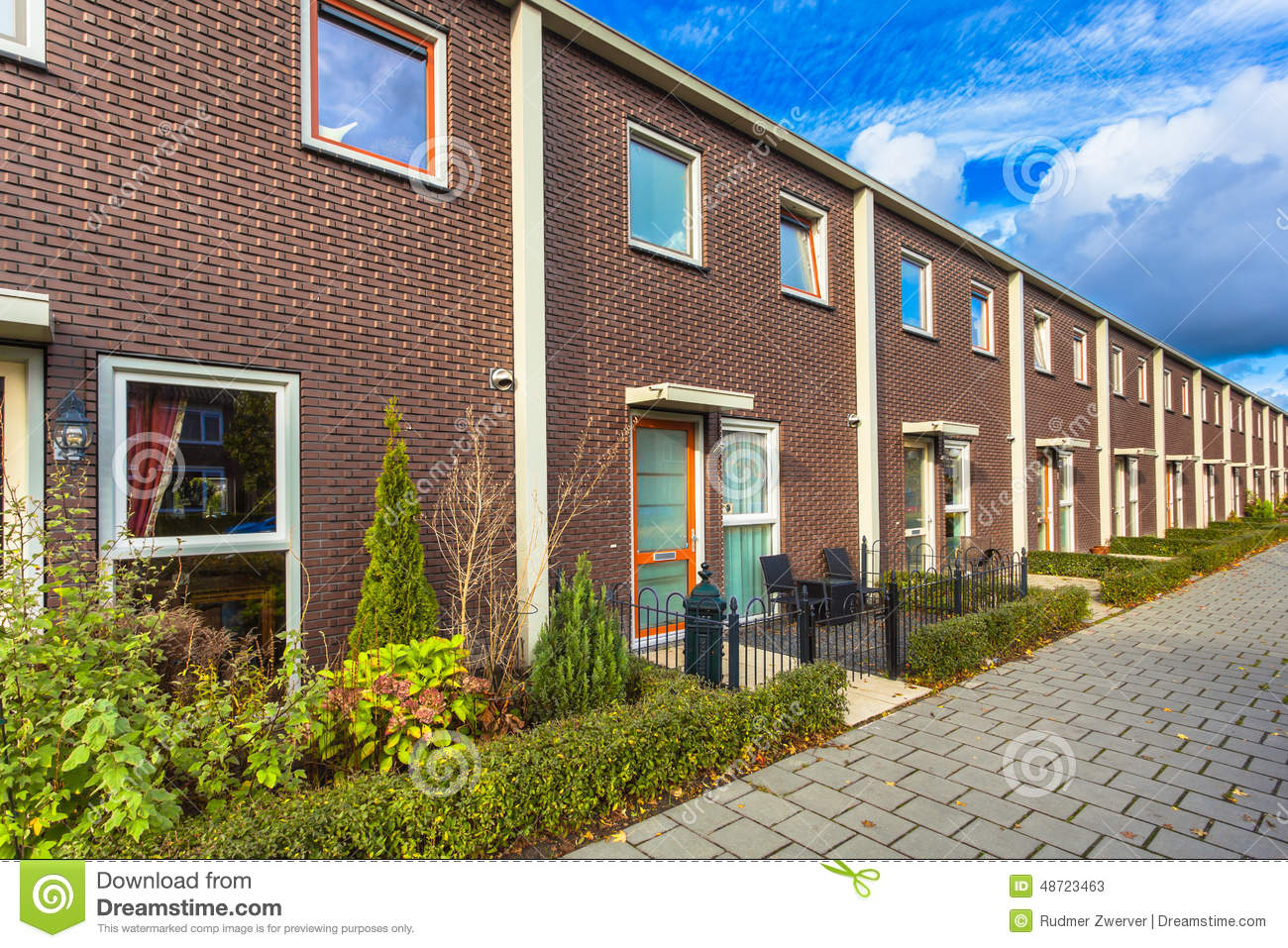 Modern terrace houses stock image image of green europe for Terrace homes