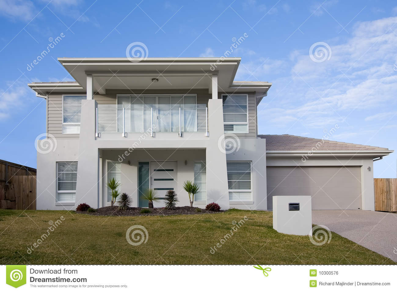 Modern two storey house with a balcony stock photo image for Modern 2 story house