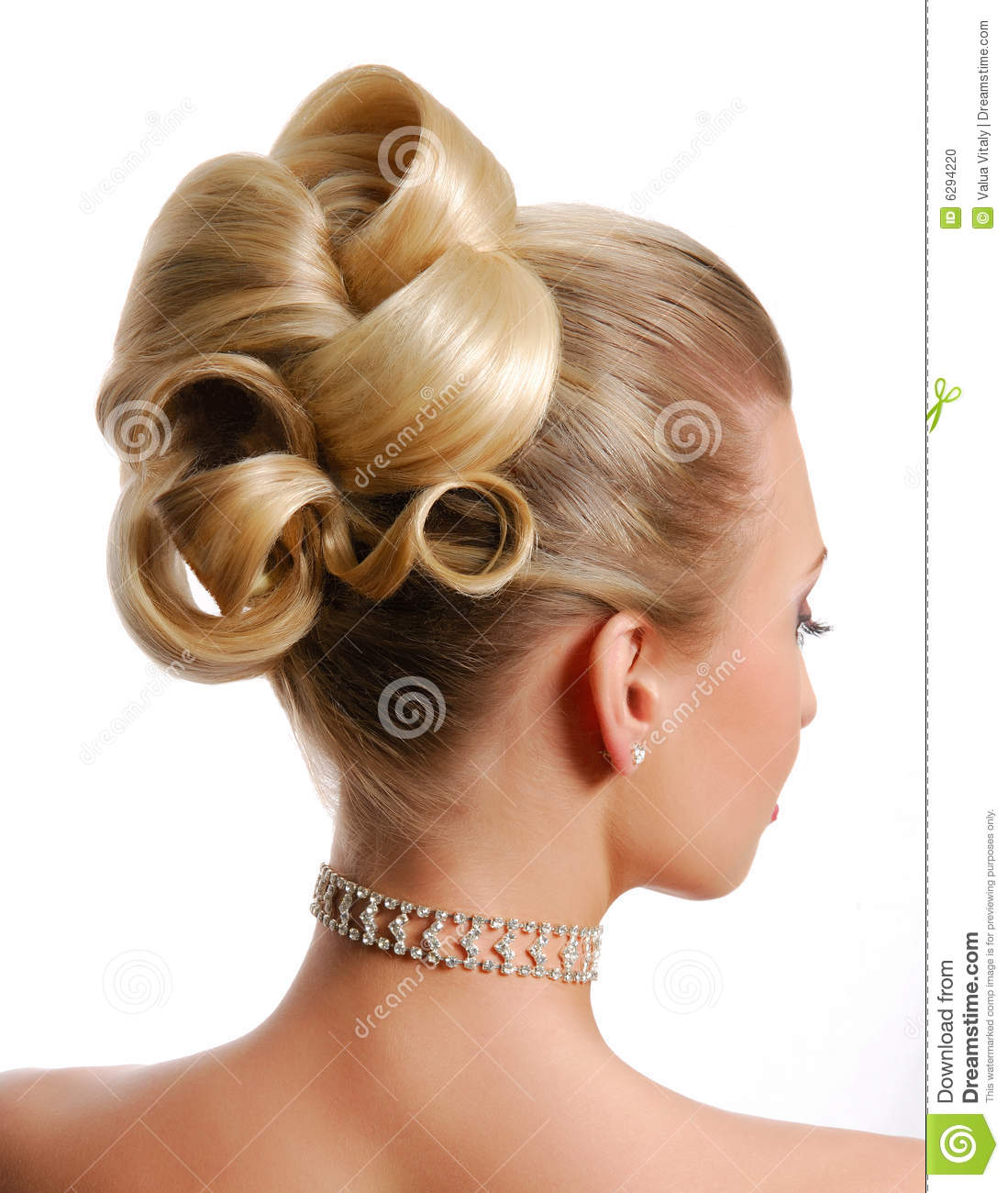 Modern Wedding Hairstyles For The Cool Contemporary Bride: Modern Wedding Hairstyle Stock Photo. Image Of Beautiful