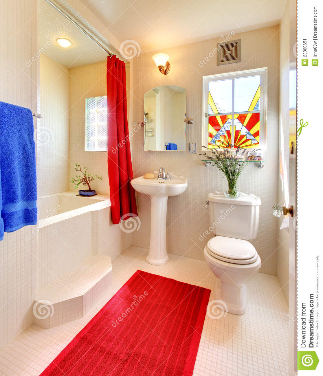 Modern White And Red Beautiful Bathroom Stock Image
