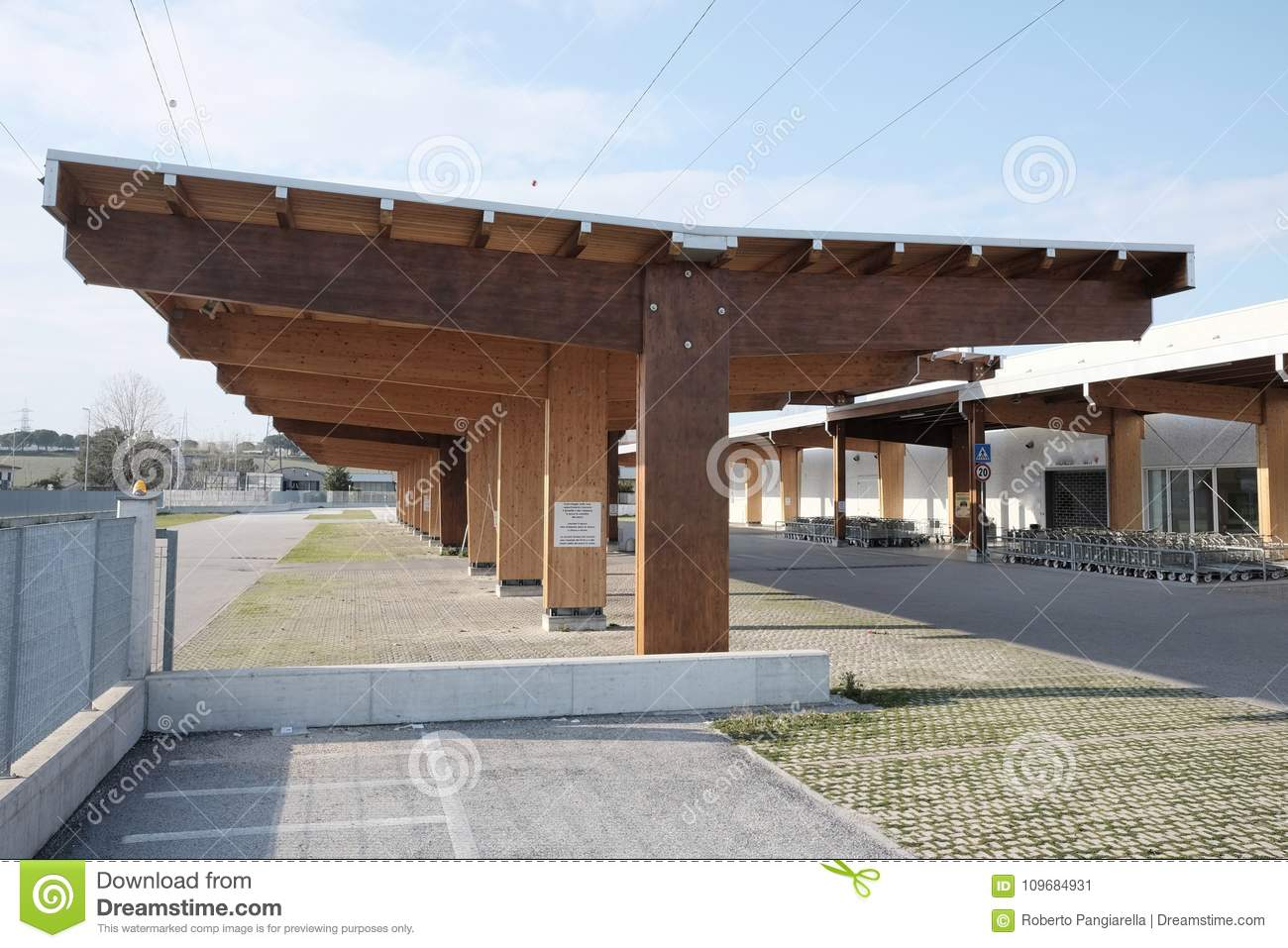 Modern Wooden Carport Stock Image Image Of Shed Protection 109684931