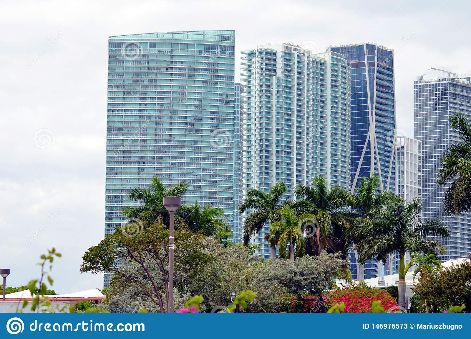 Moderna byggnader i Miami, Florida