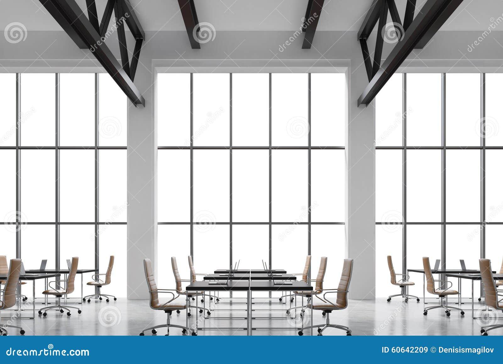 Fenster innenraum  Moderne Arbeitsplätze In Einem Modernen Hellen Sauberen Innenraum ...