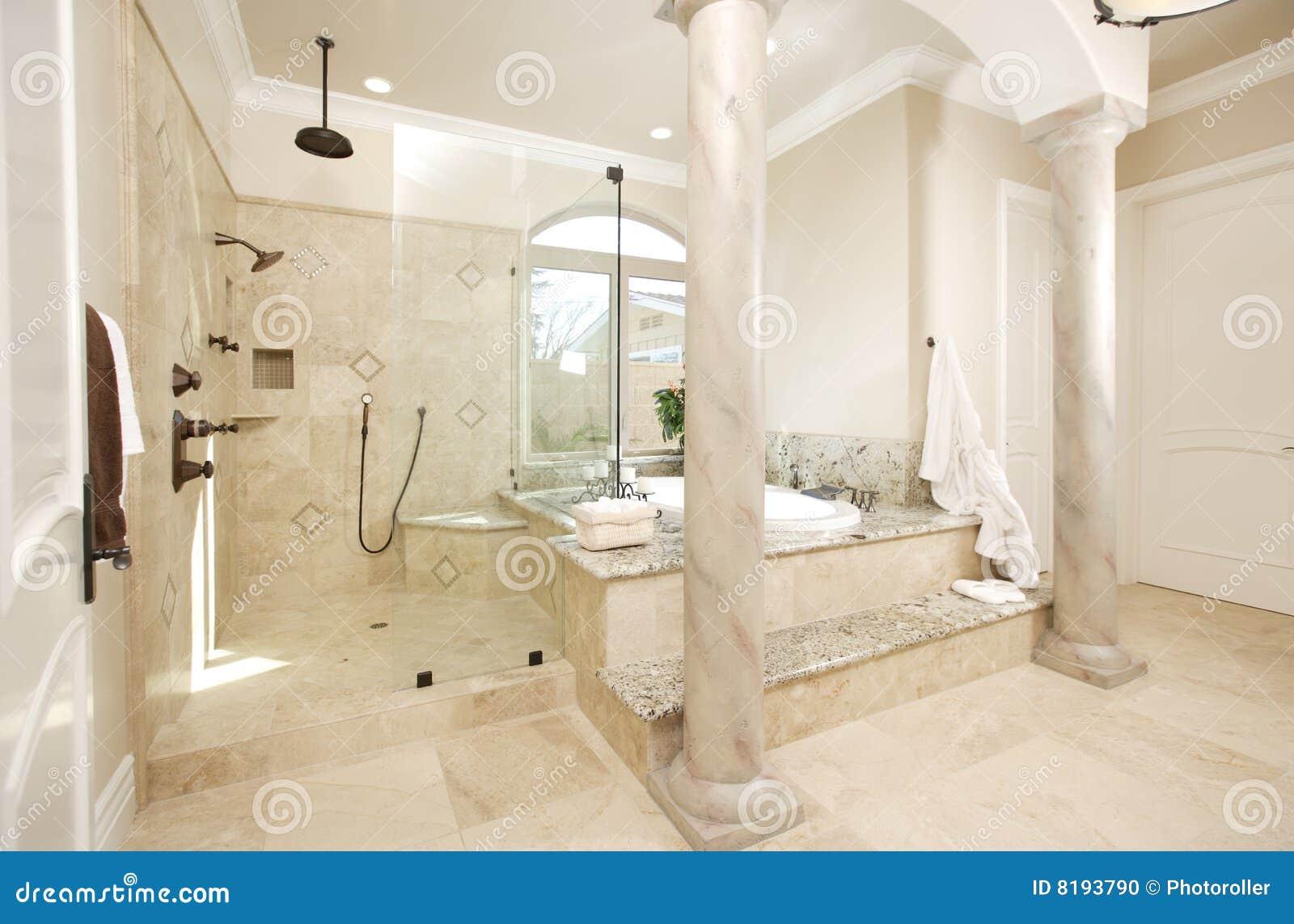 Moderne badkamers stock foto afbeelding 8193790 for Moderne badkamers