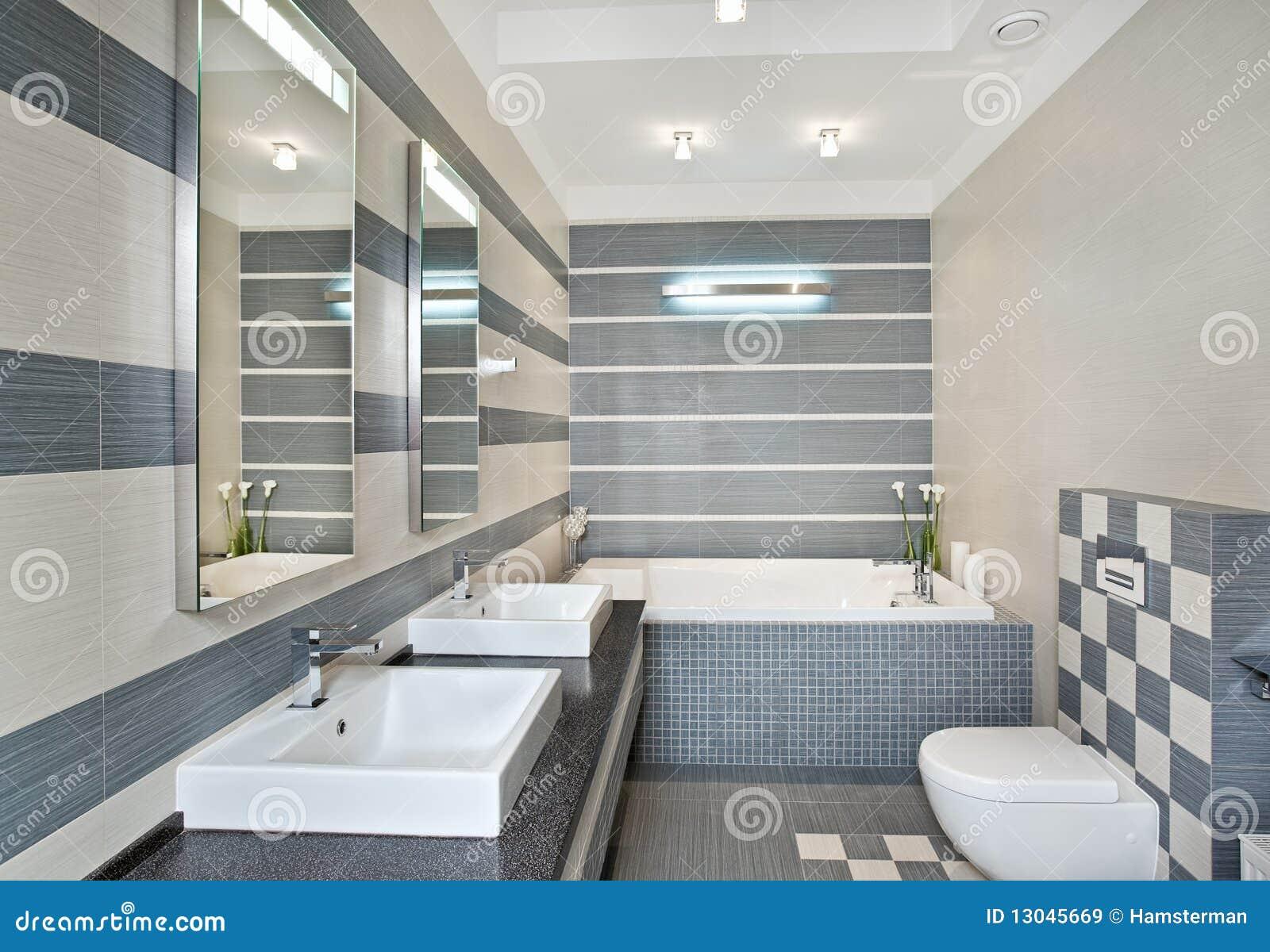 Moderne Badkamers In Blauwe En Grijze Tonen Met Mozaïek Royalty ...