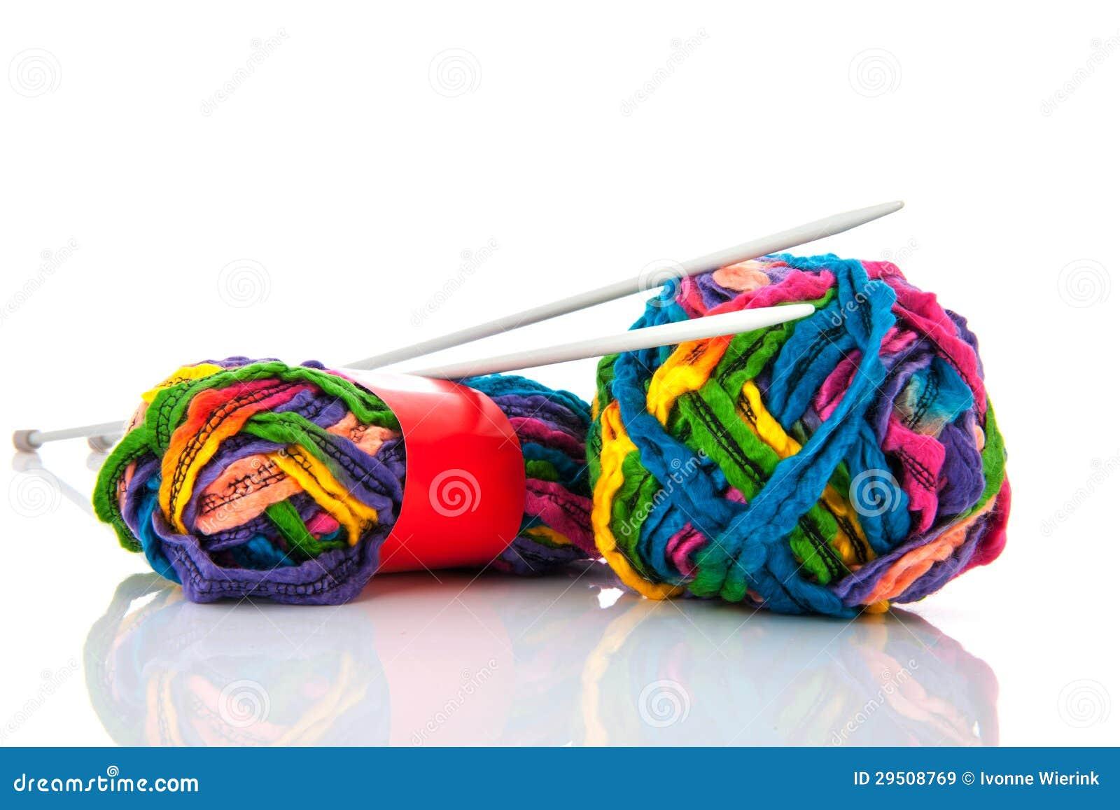 Moderne ballenwol met naalden