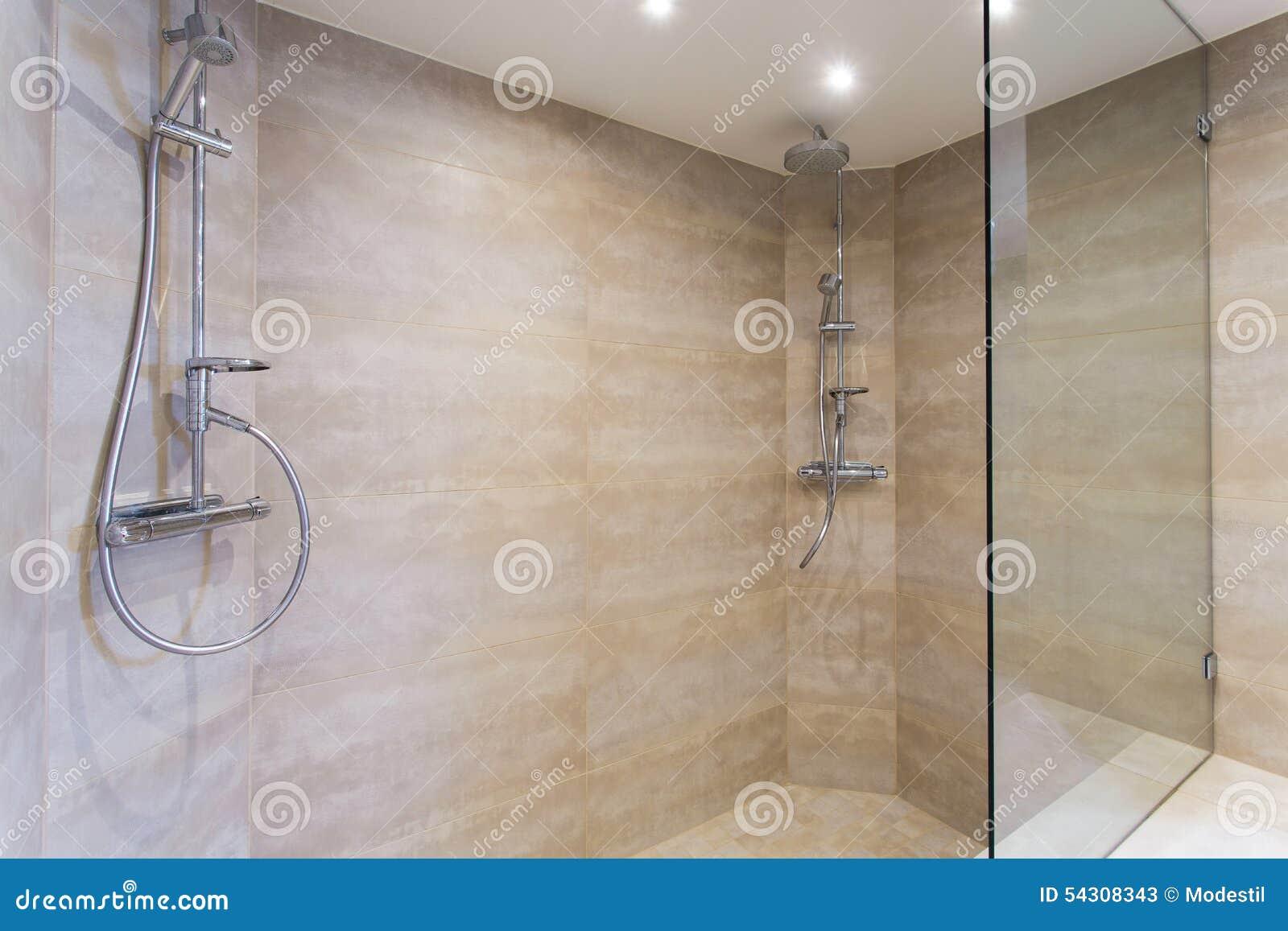 moderne dusche stockbild bild von sauber hahn architektur 54308343. Black Bedroom Furniture Sets. Home Design Ideas