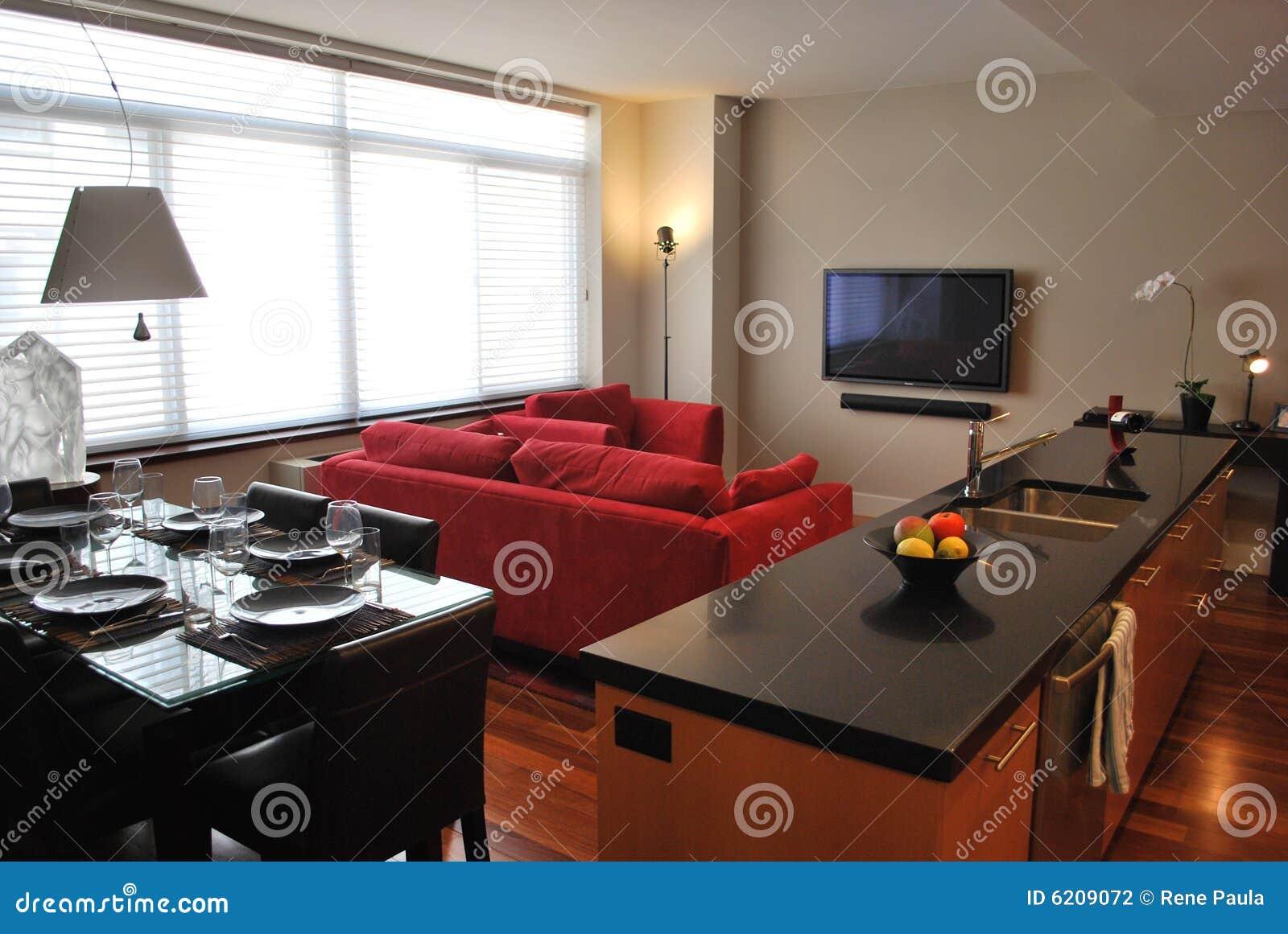 Moderne flat met open keuken, het leven, het dineren