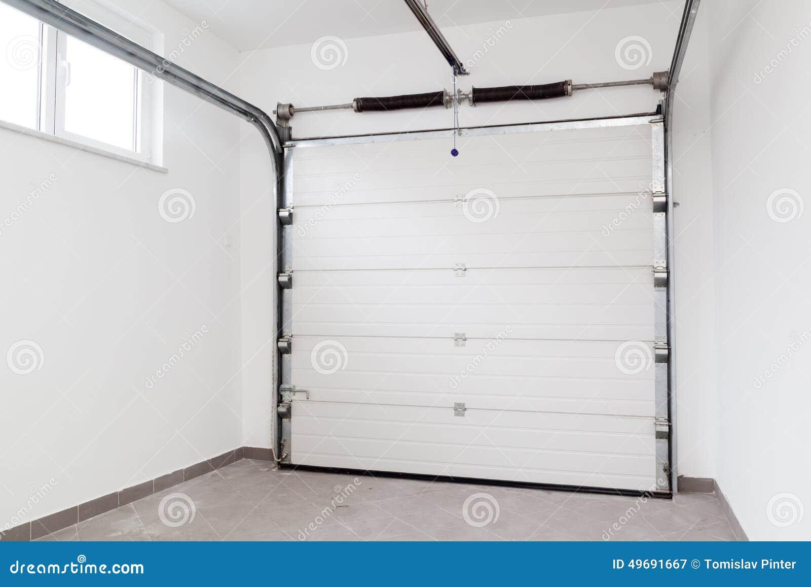 Moderne garage stock foto afbeelding 49691667 - Bardage moderne ...