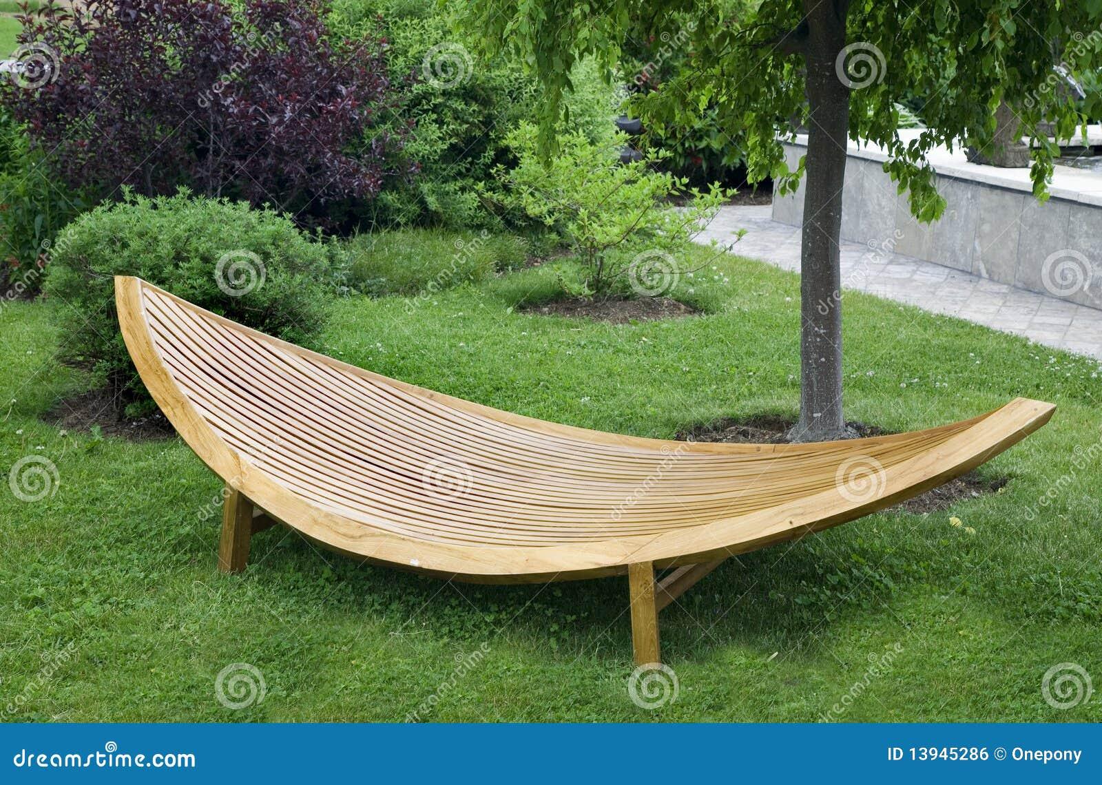 Moderne Garten Möbel stockfoto. Bild von park, glatt   13945286