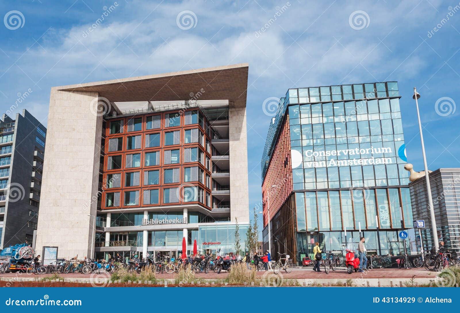 Moderne gebouwen van serre en bibliotheek in amsterdam redactionele stock afbeelding - Moderne bibliotheek ...