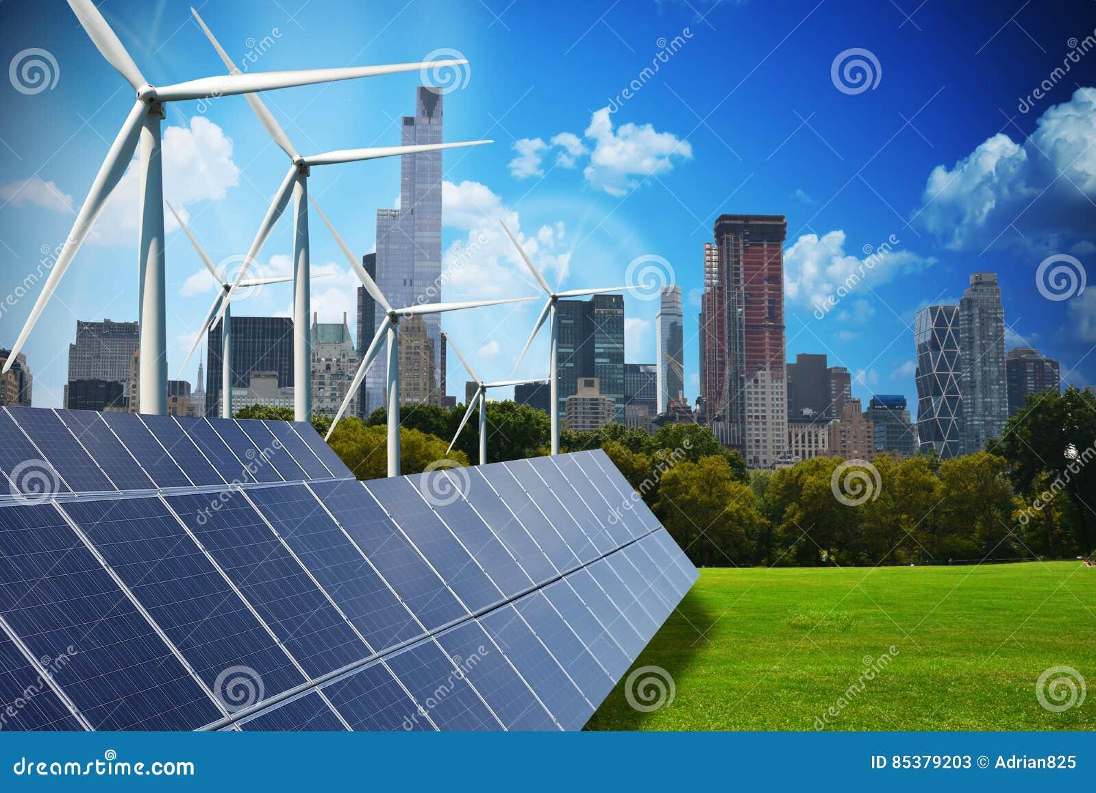 Moderne grüne Stadt angetrieben nur durch erneuerbare Energiequellen