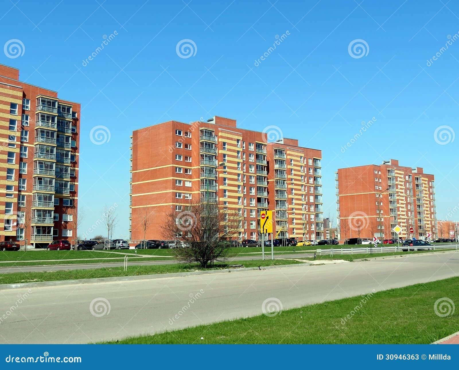 Moderne huizen stock afbeelding. afbeelding bestaande uit huis