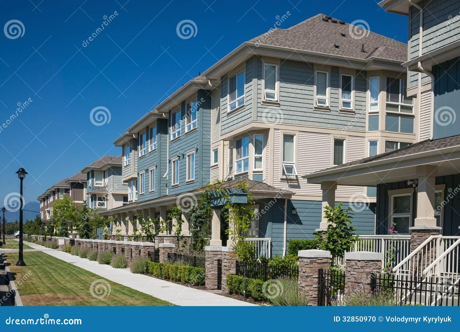 Moderne Huizen in de stad