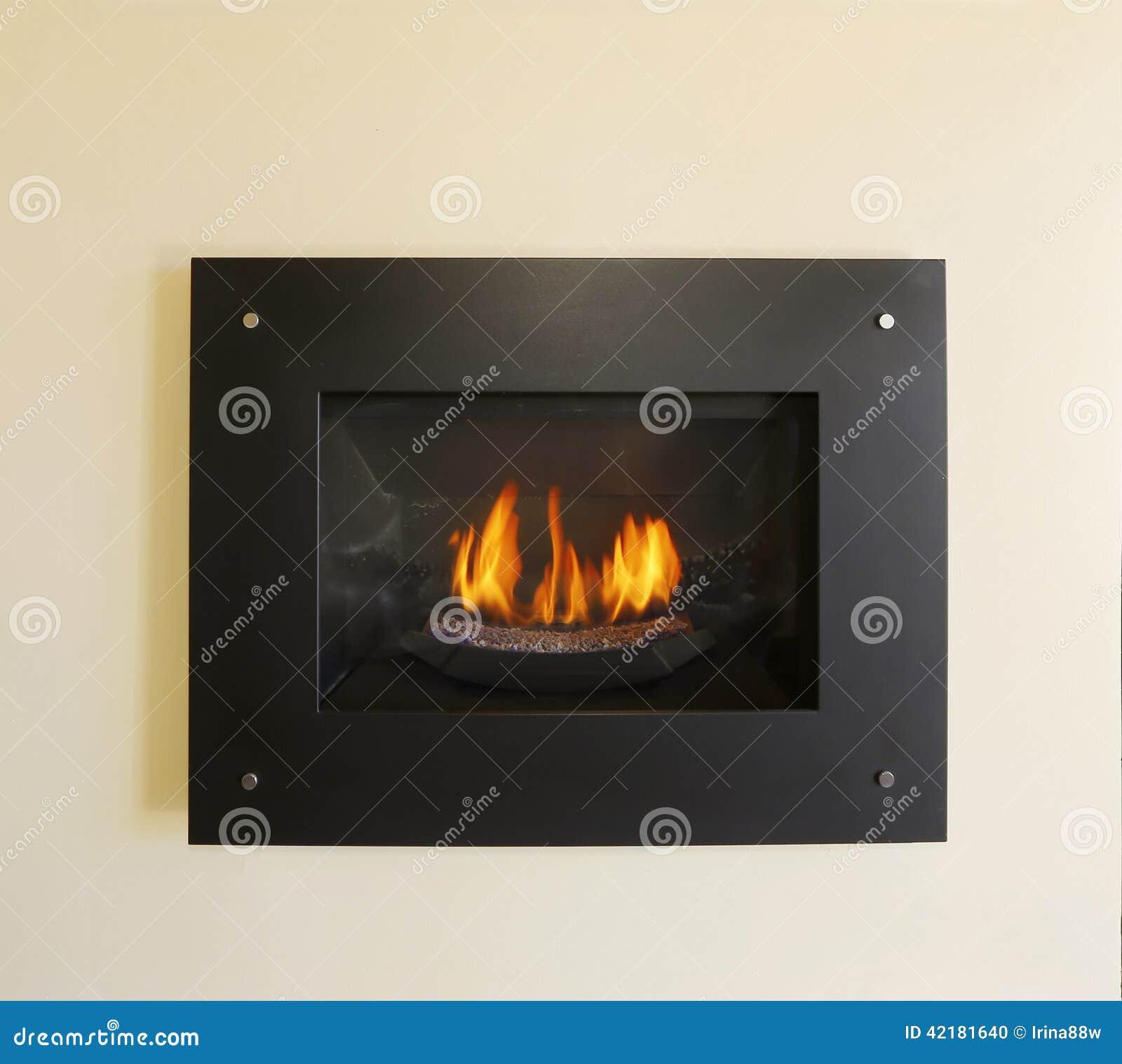 Moderne ingebouwde open haard met brand in zwarte kleur stock foto afbeelding 42181640 - Deco moderne open haard ...