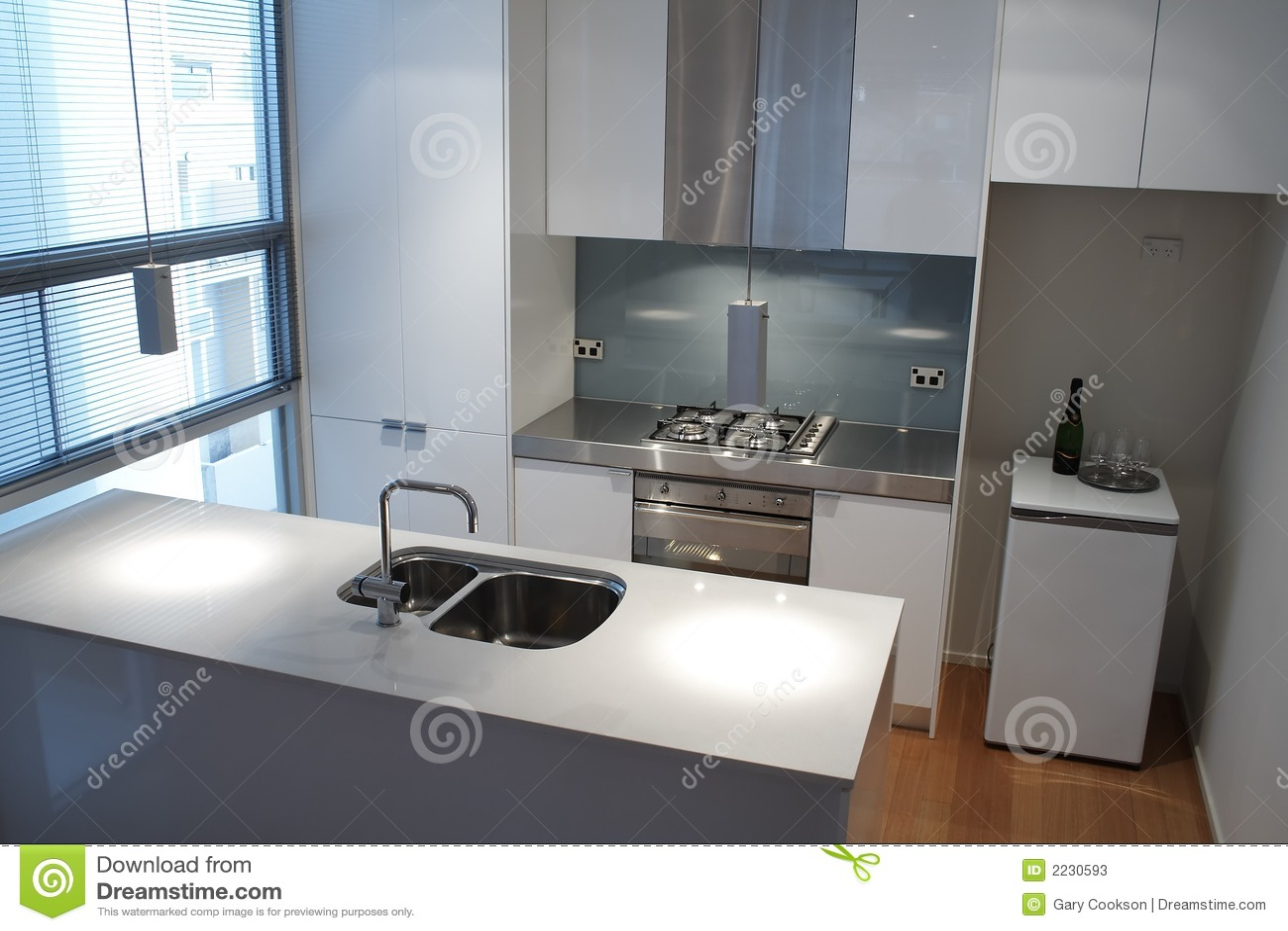 Moderne Keuken FotoS : Moderne Keuken Stock Foto's – Beeld: 2230593