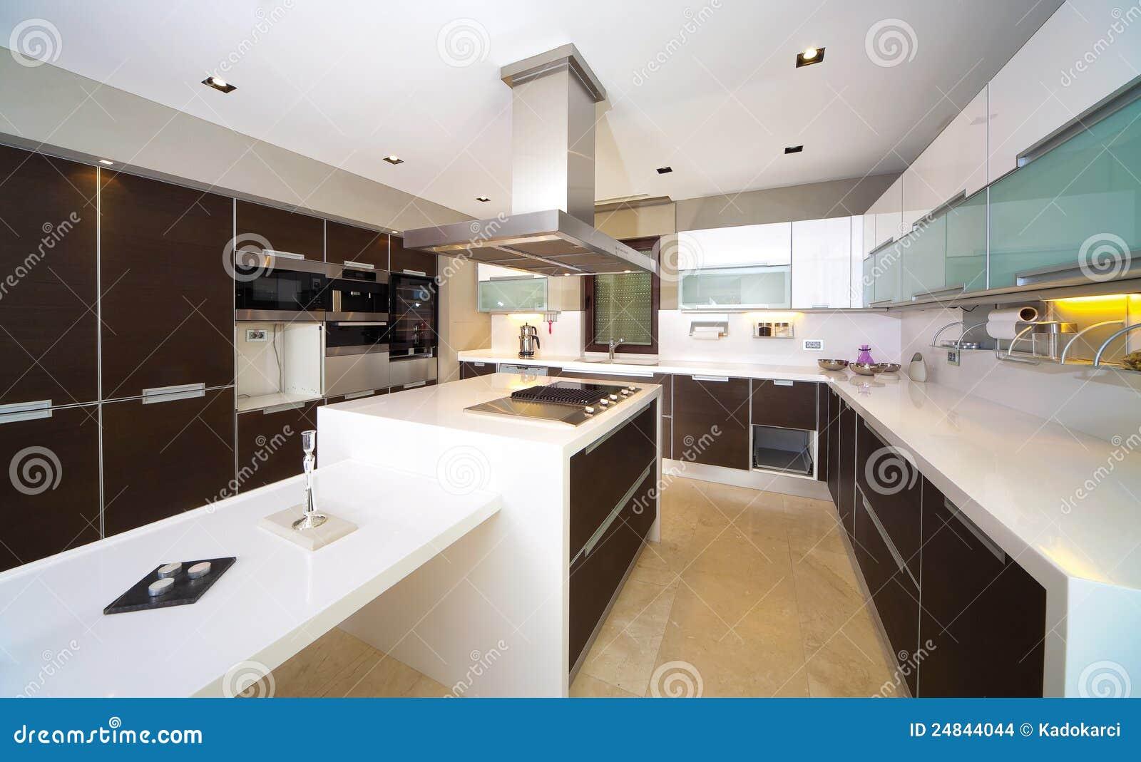 Moderne keuken stock foto afbeelding bestaande uit microgolf 24844044 - Afbeelding moderne keuken ...