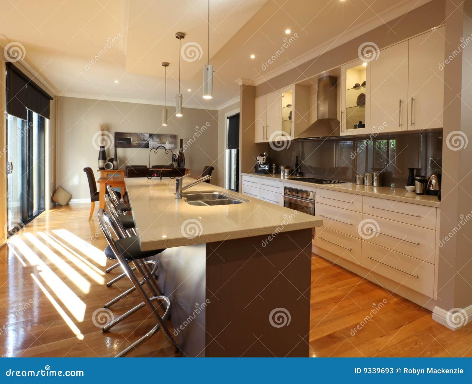 Moderne keuken stock foto 39 s beeld 9339693 - Foto eigentijdse keuken ...