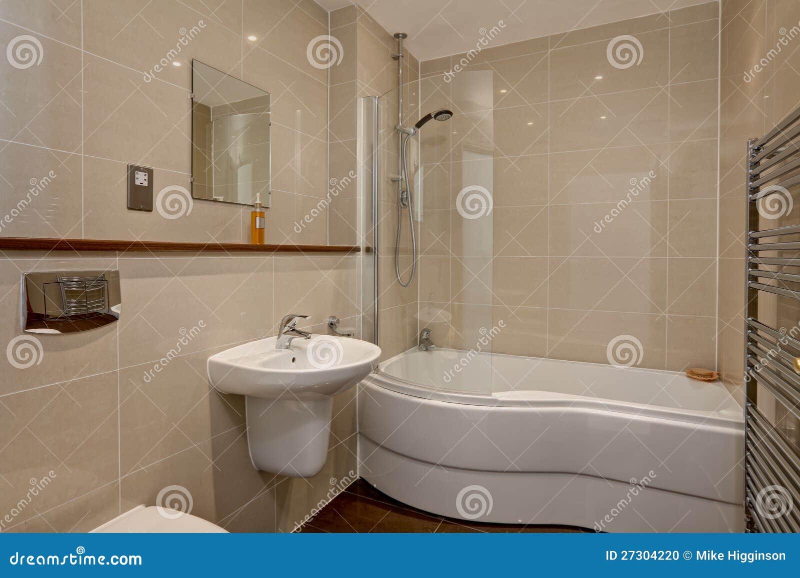Moderne luxe betegelde badkamers stock foto afbeelding 27304220 - Gemeubleerde salle de bains ontwerp ...