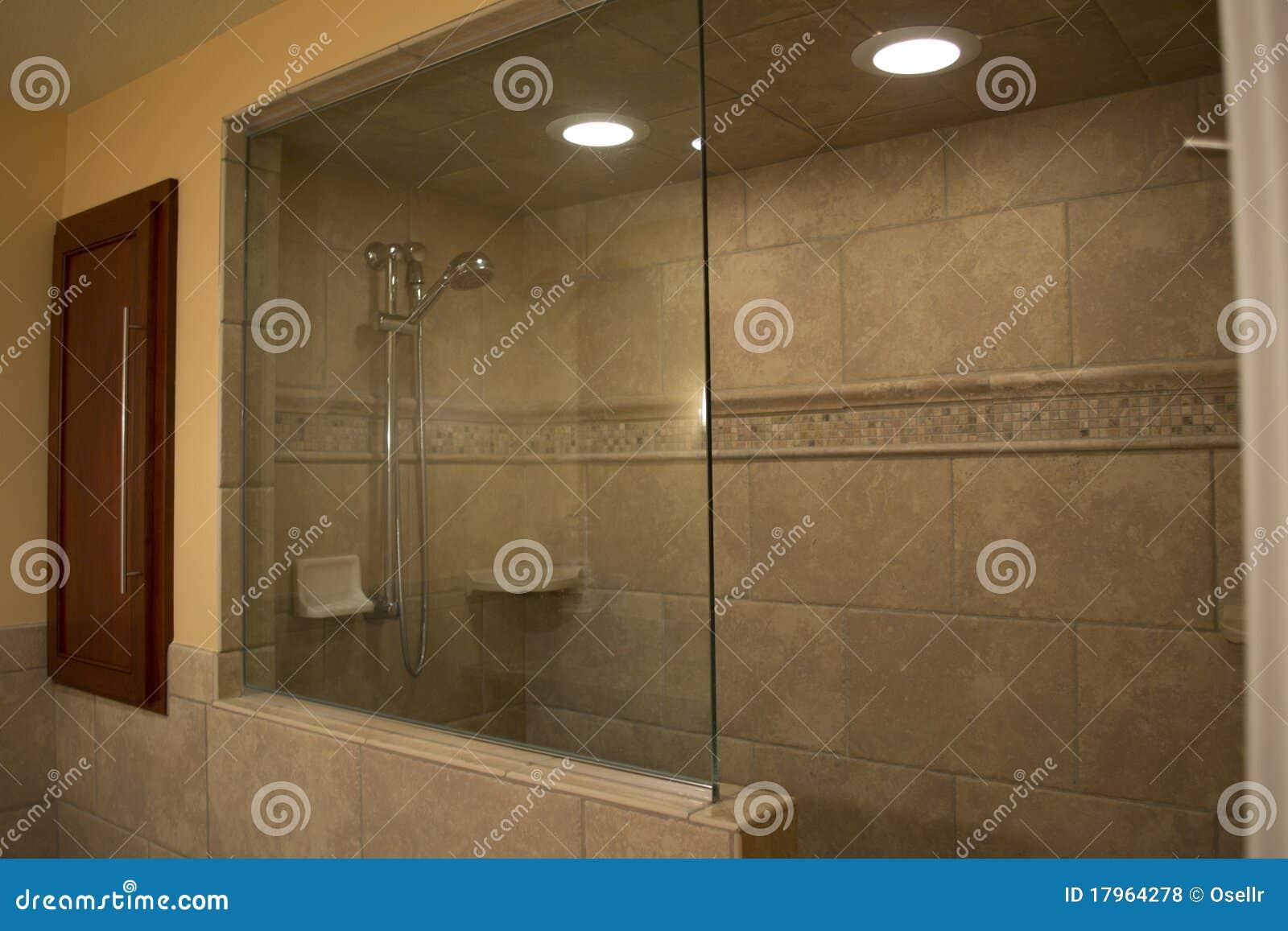moderne walk in dusche lizenzfreie stockfotos bild 17964278. Black Bedroom Furniture Sets. Home Design Ideas