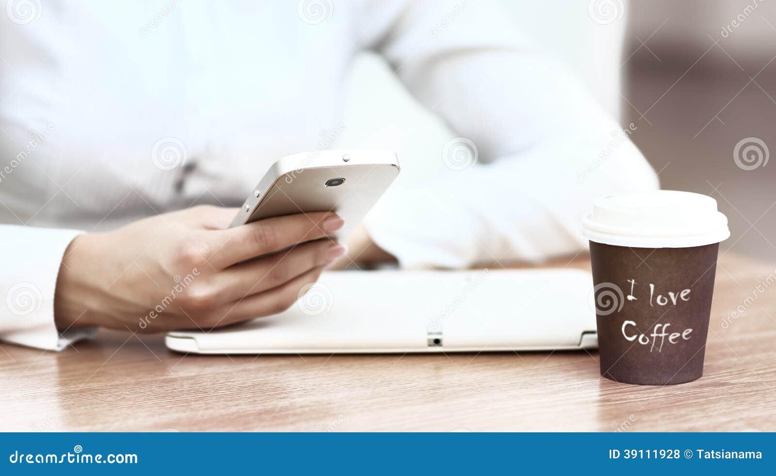 Moderne werkplaats met digitale tablet