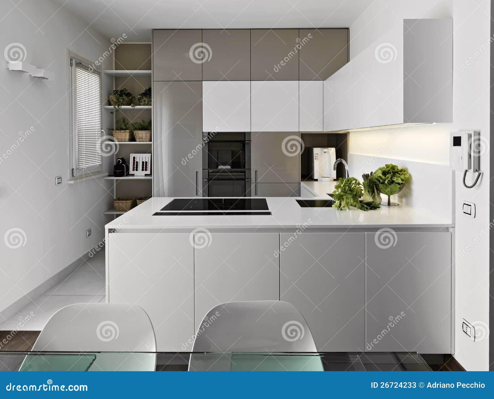 Laminaat In Keuken : Moderne witte keuken stock afbeelding afbeelding bestaande uit