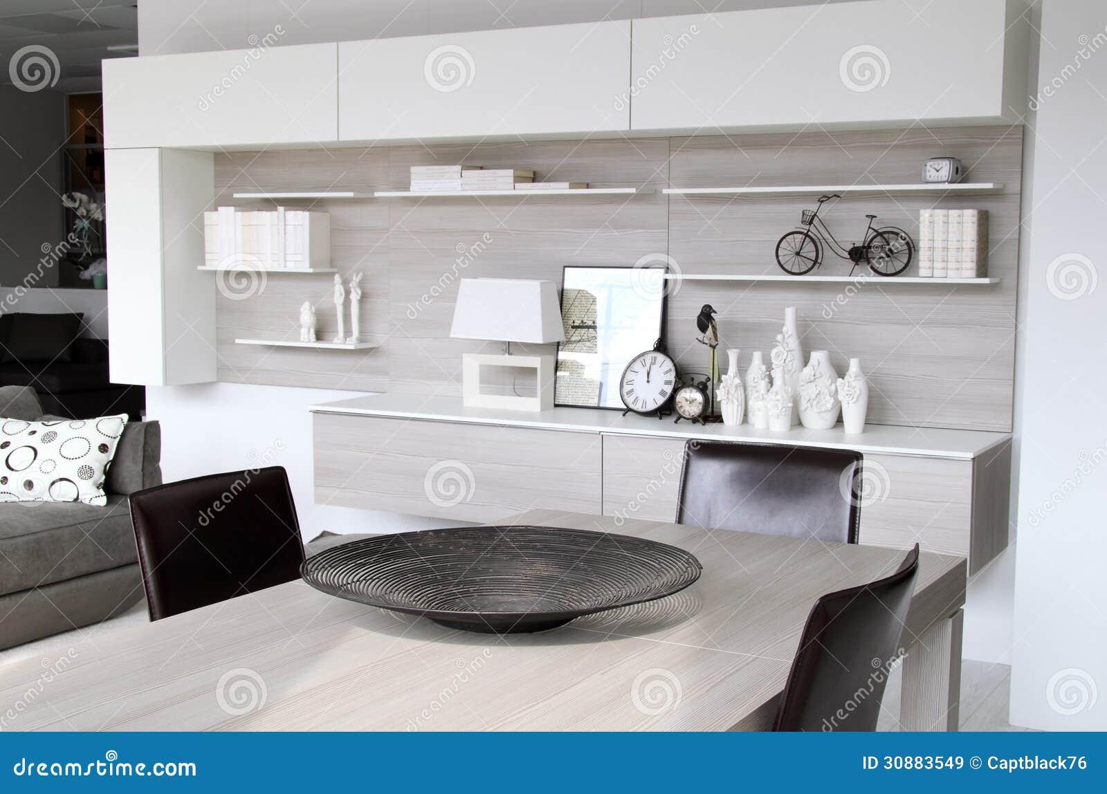 Moderne witte woonkamer royalty vrije stock afbeeldingen ...