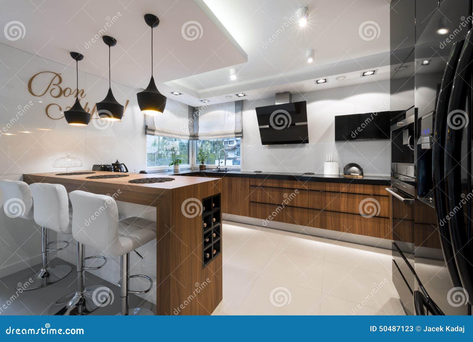 Modern Zwart Keuken : Moderne zwart witte keuken stock afbeelding afbeelding bestaande