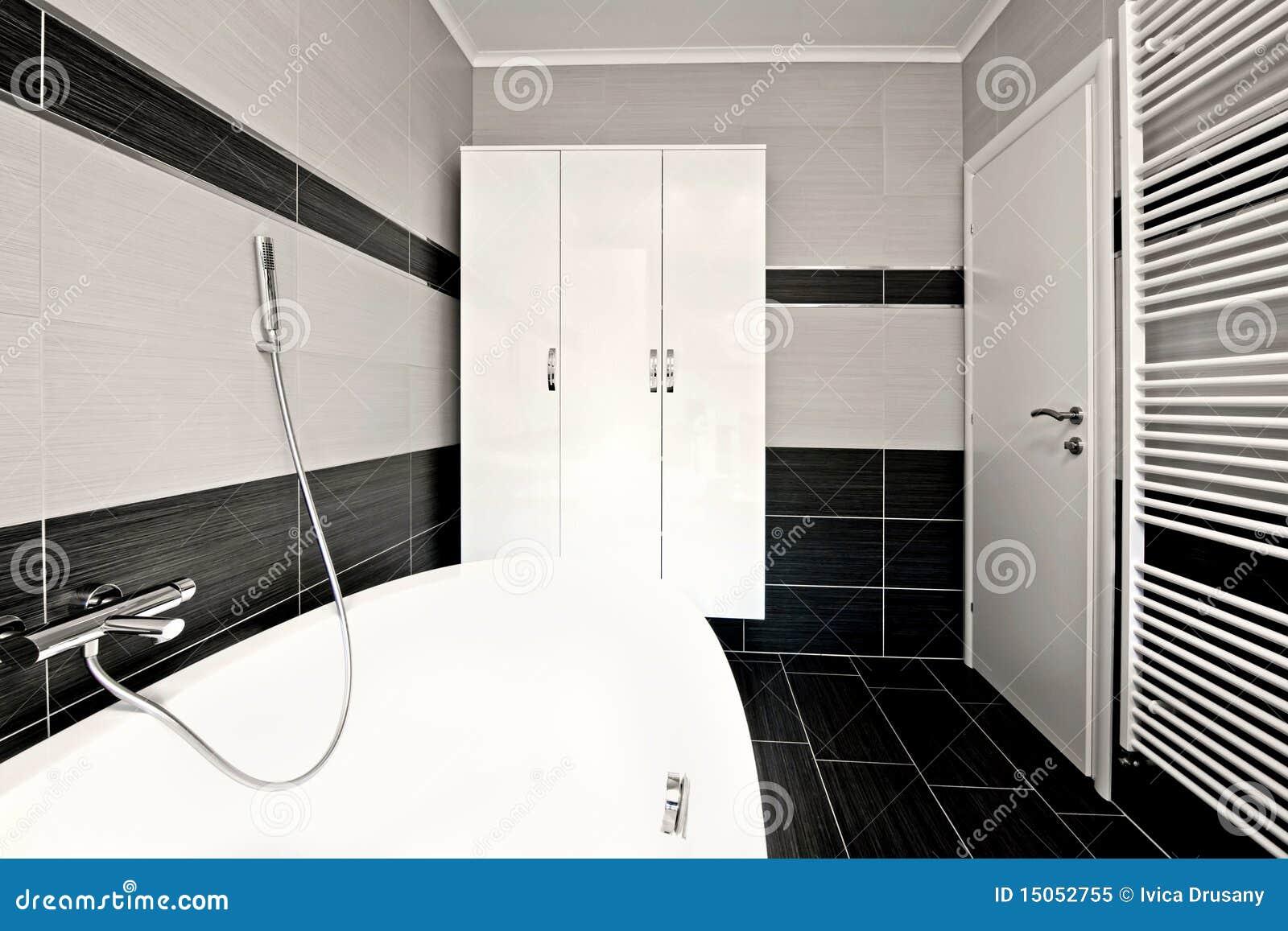 Moderne zwarte badkamers royalty vrije stock foto afbeelding 15052755 for Moderne badkamers