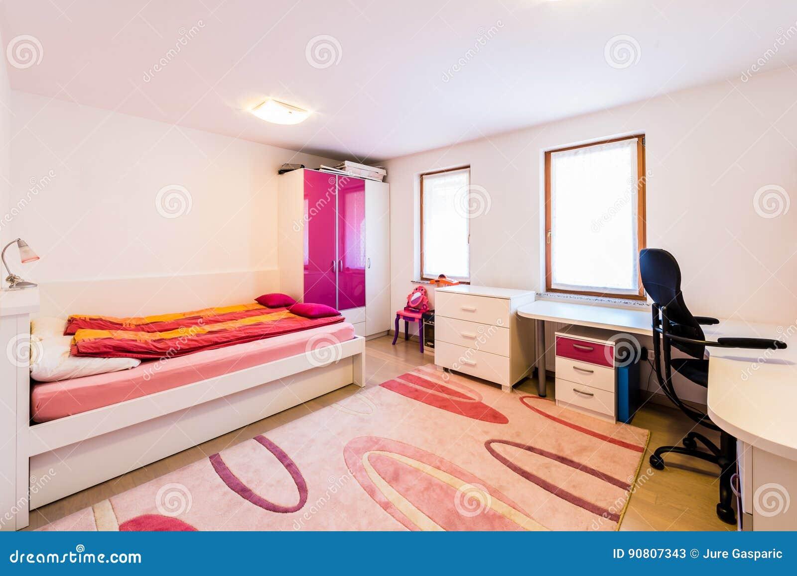 Moderner Kindermadchen Spielraum Mit Bett Und Studienschreibtisch