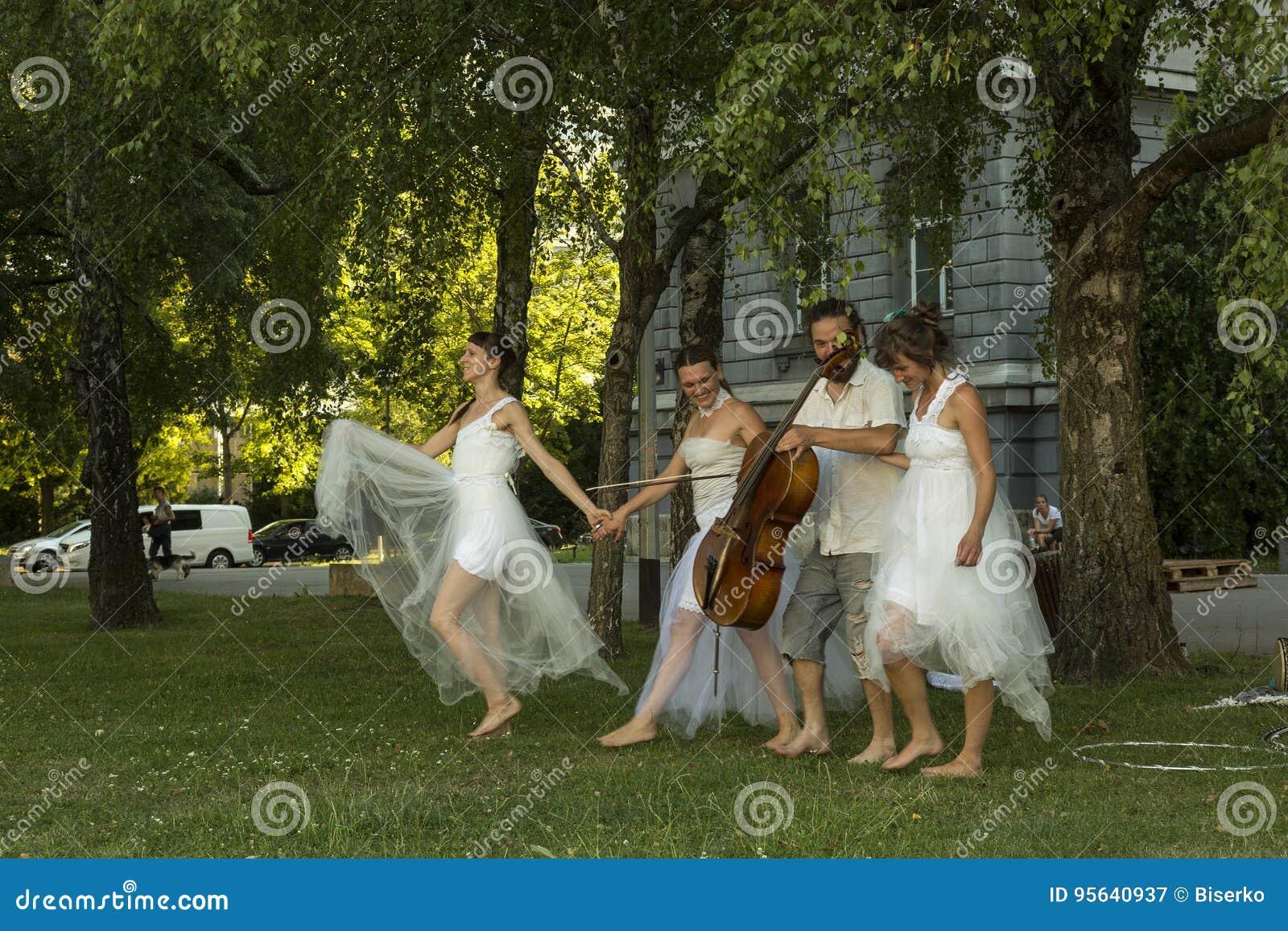 Moderner Tanz-Leistung