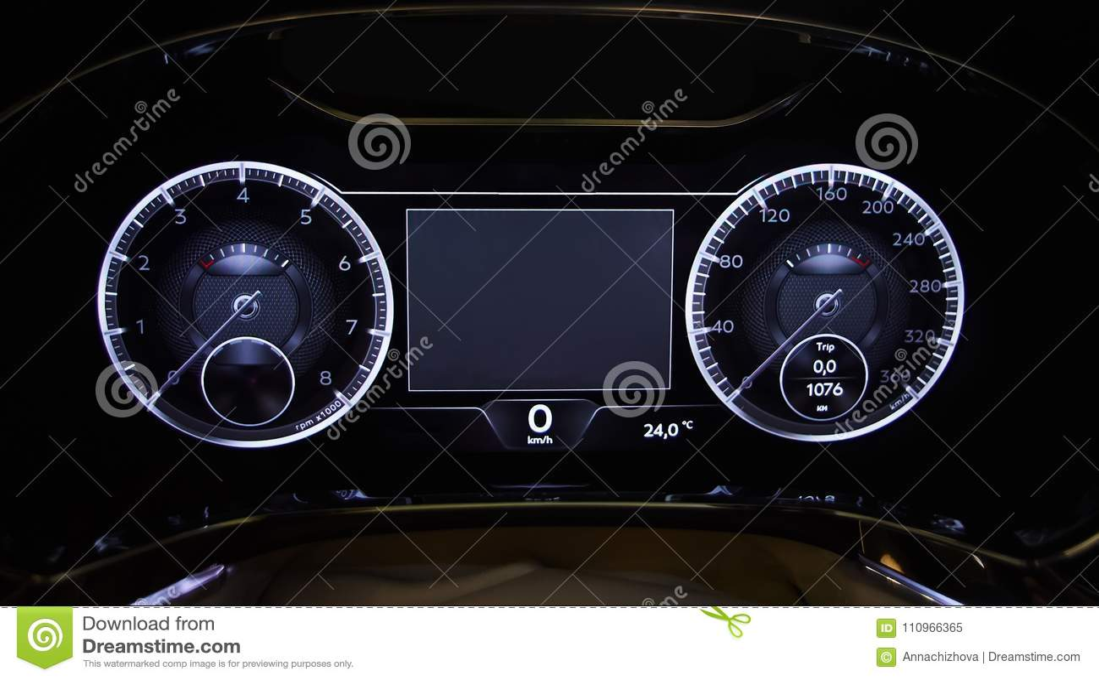 Modernes auto belichtete armaturenbrettnahaufnahme stockbild