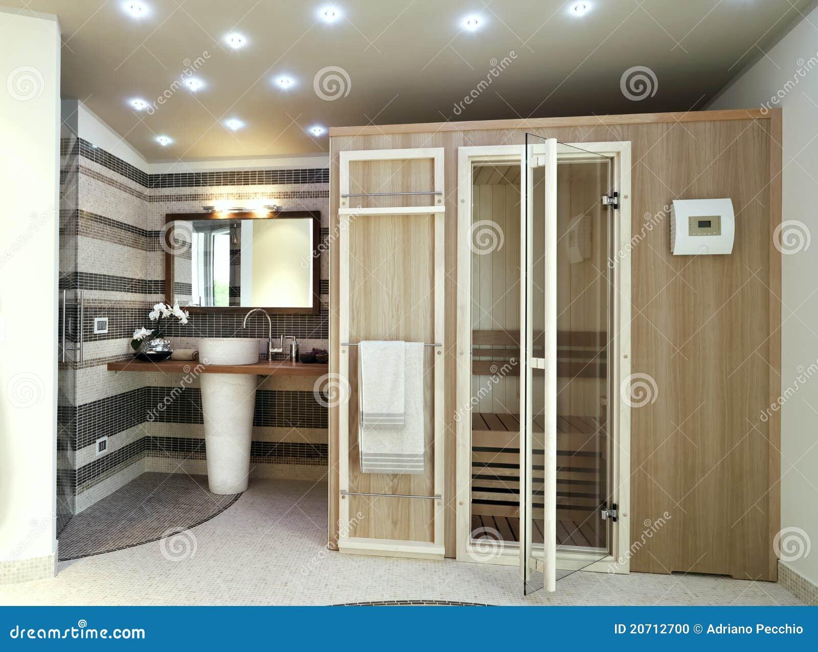 Modernes badezimmer mit sauna stockfoto bild von cozy - Badezimmer mit sauna ...