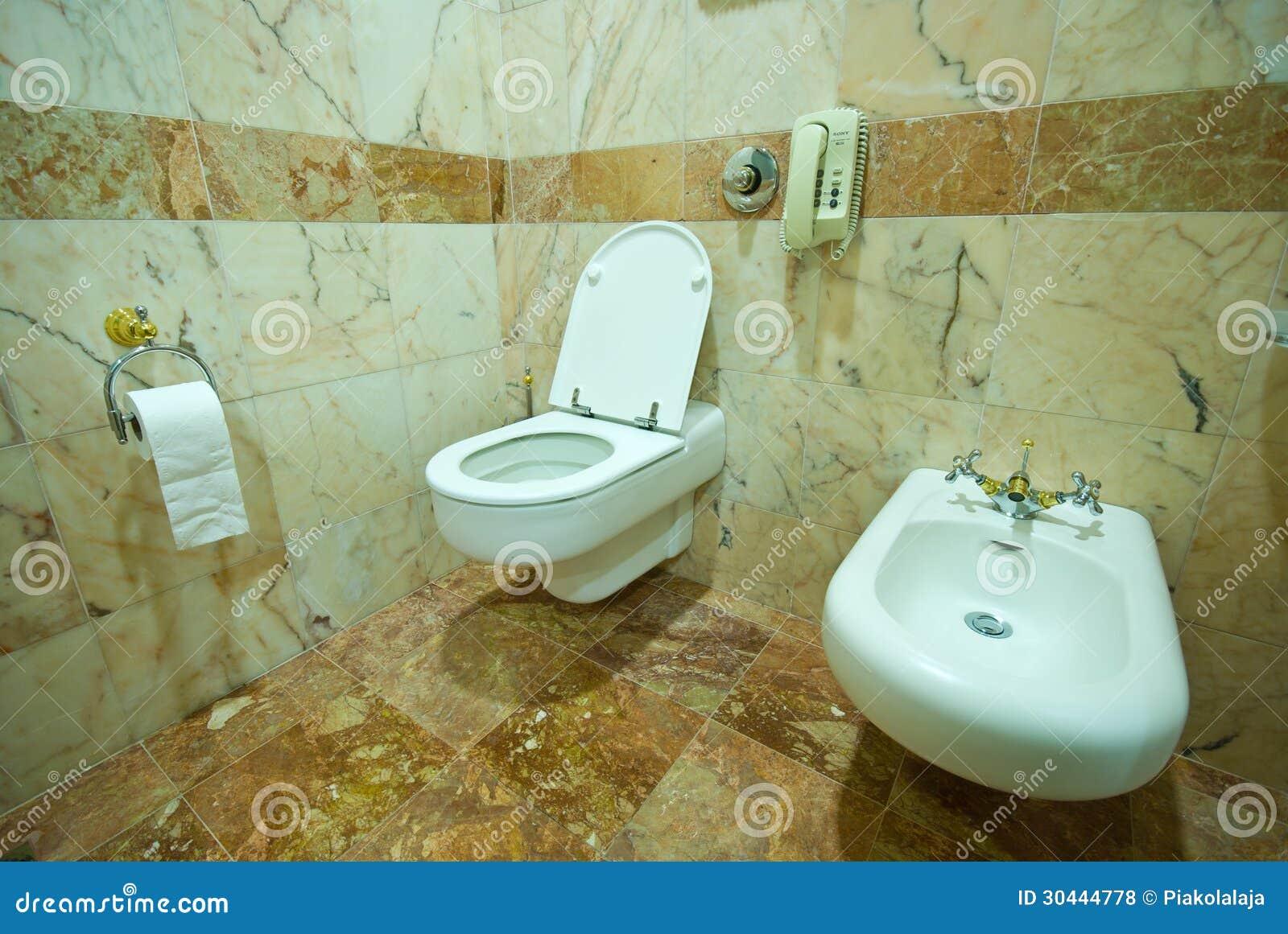 Badezimmer Steinwand ~ Kreative Deko Ideen Und Innenarchitektur, Wohnzimmer  Design