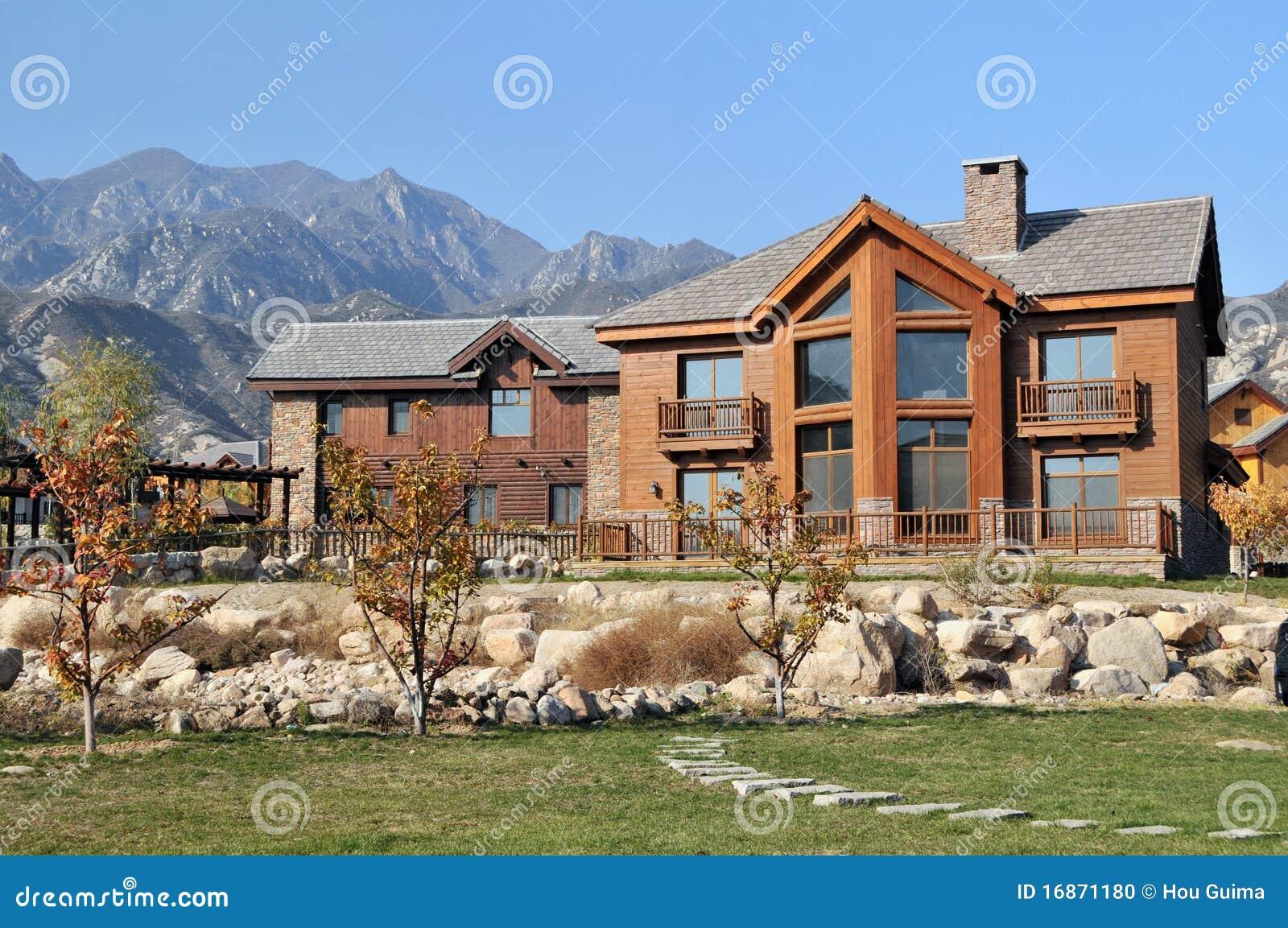Modernes landhaus stockfoto bild 16871180 for Modernes landhaus