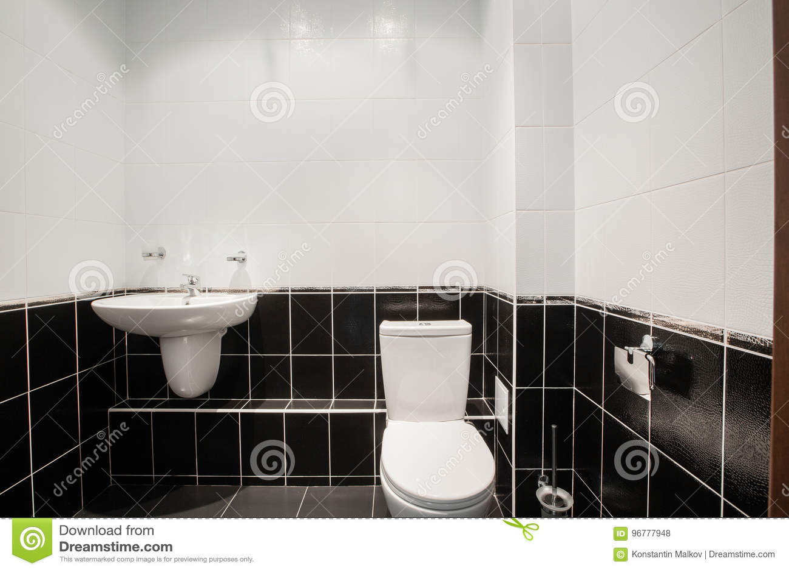Modernes Luxusbadezimmer Mit Badewanne Und Fenster Wiedergabe 3D Büroräume