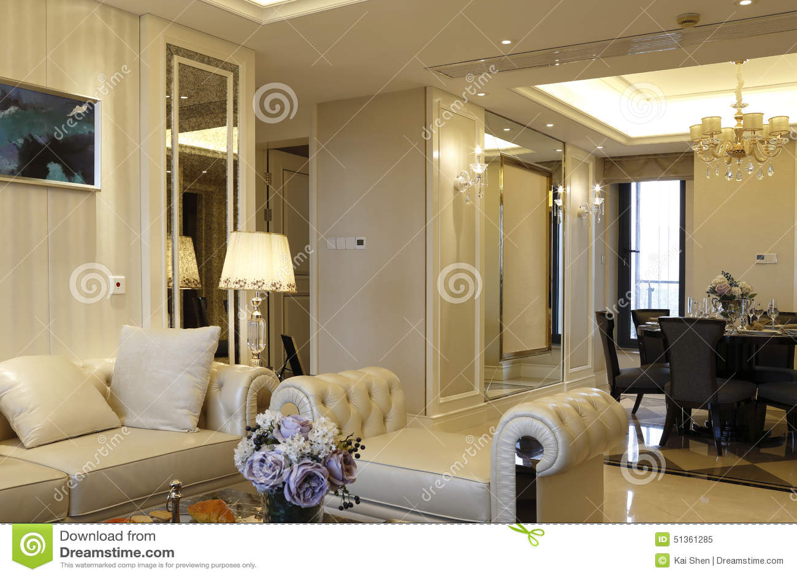 Download Modernes Modernes Wohnzimmer In Der Wohnung Stockbild   Bild Von  Kissen, Teppich: 51361285
