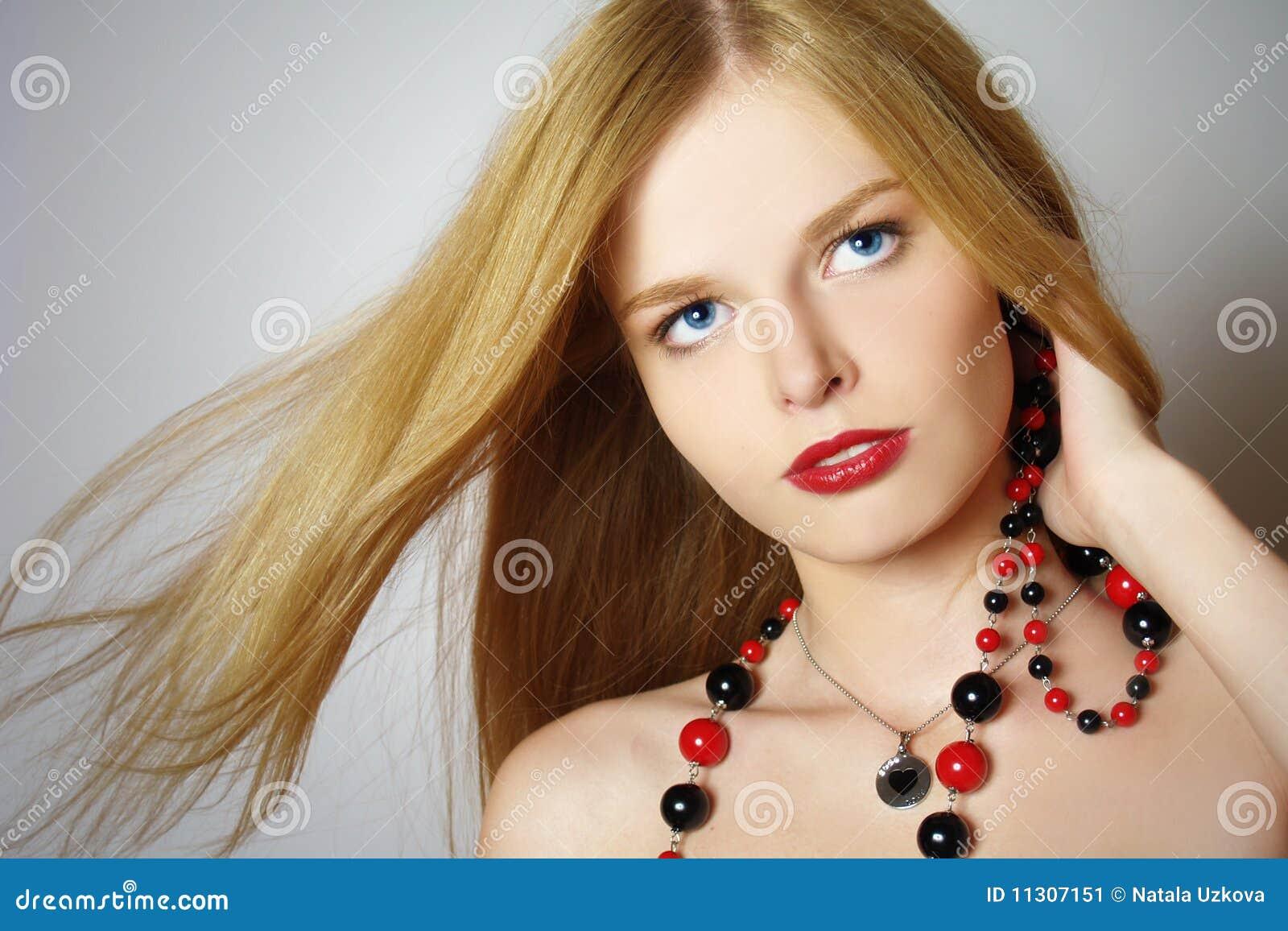 Modernes Portrait des Mädchens