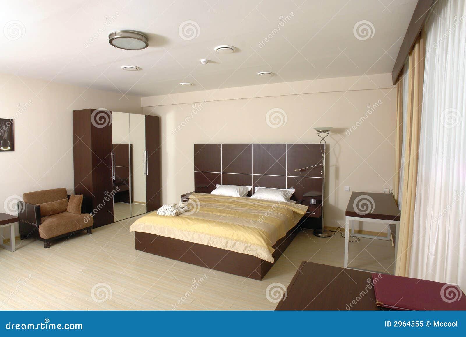Modernes Schlafzimmer stockbild. Bild von möbel, fußboden ...