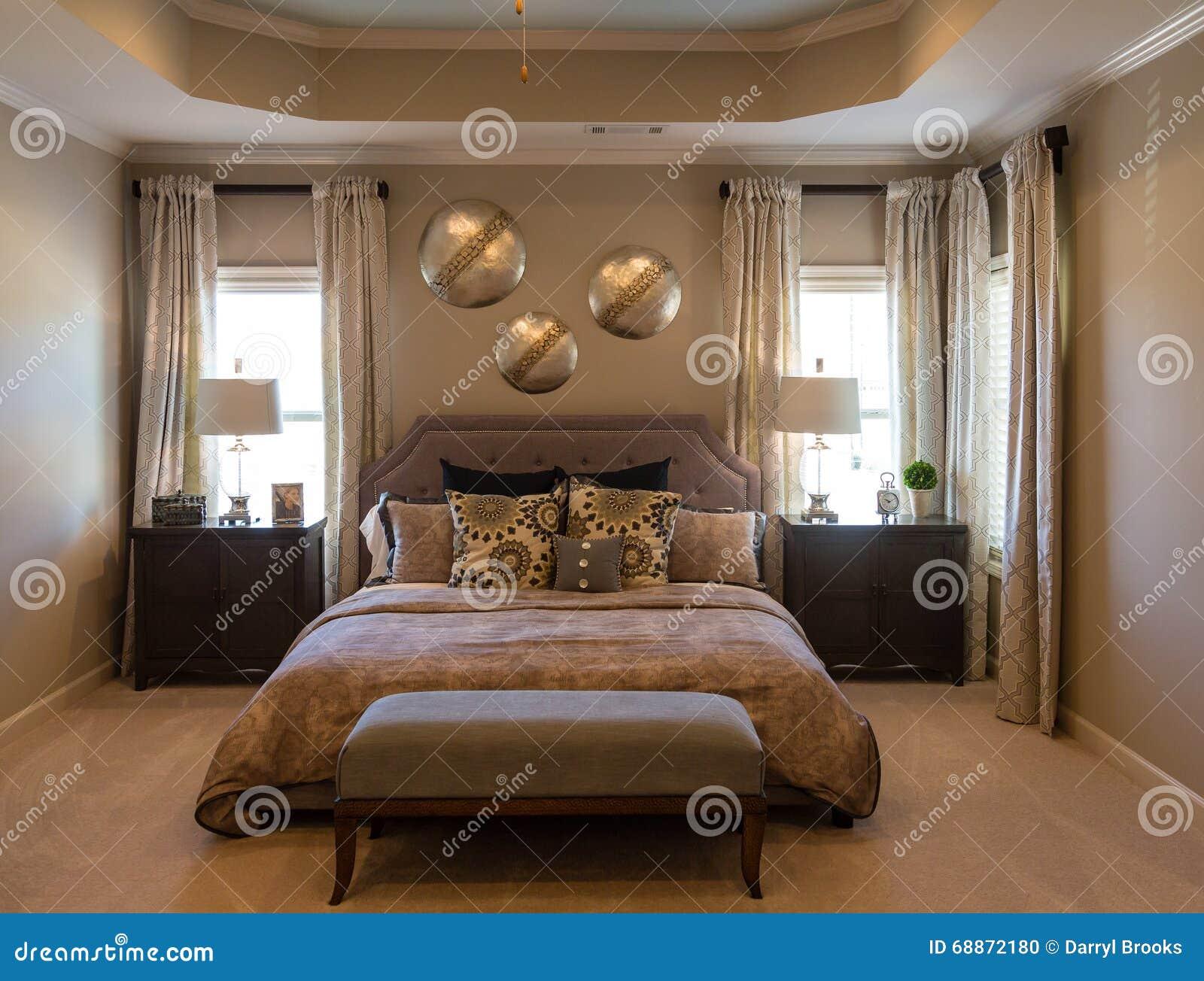 Modernes Schlafzimmer Im Braun