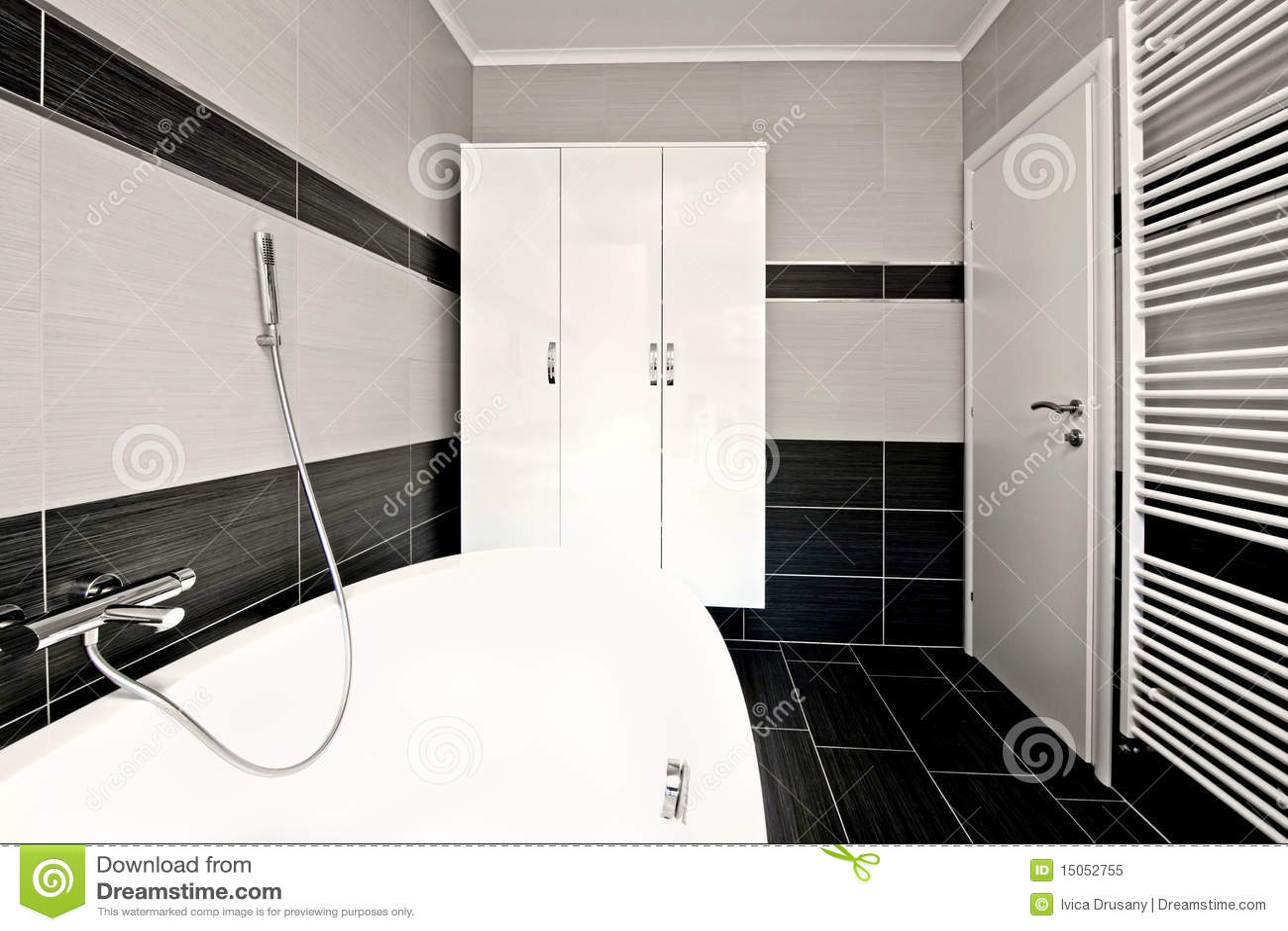 Modernes Schwarzes Badezimmer Stockbild Bild Von Luxus Fussboden