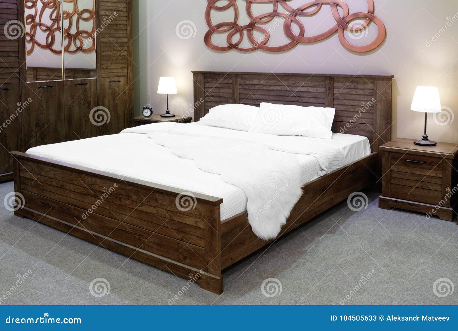 Charmant Download Modernes Und Hölzernes Rustikales Artluxusschlafzimmer In Den  Braunen Und Beige Tönen, Innenraum Eines Hotelschlafzimmers