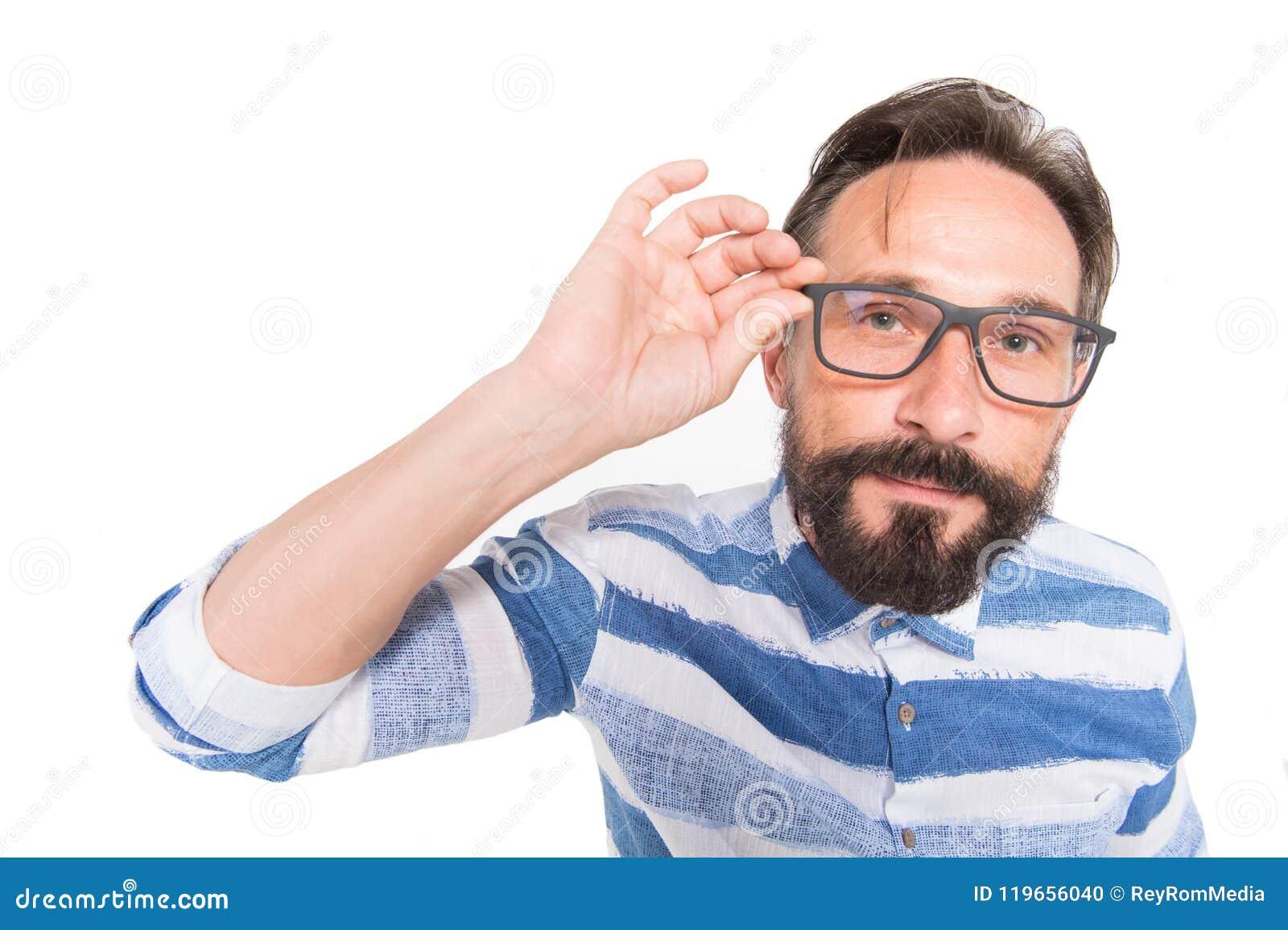 Moderno nos vidros no fundo branco retrato do Peixe-olho do indivíduo farpado Poindexter surpreendido no branco Indivíduo do lerd