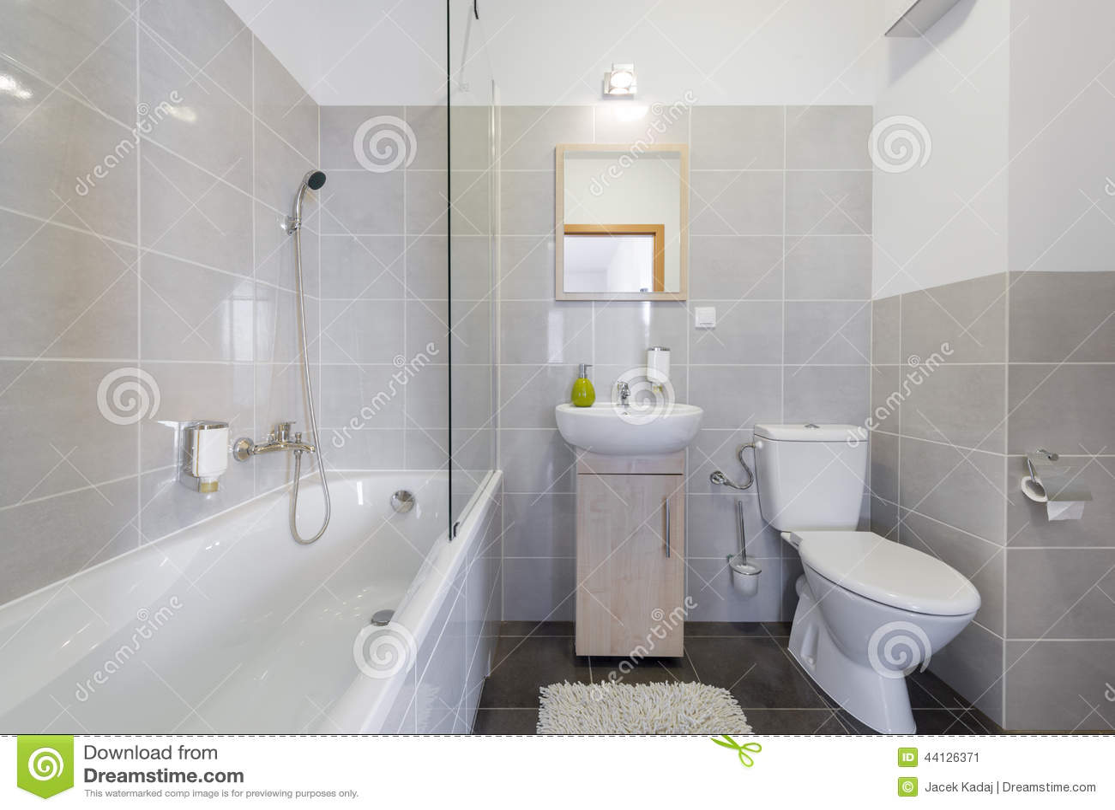 Modernt badrum i scandinavian stil arkivfoto   bild: 44126785