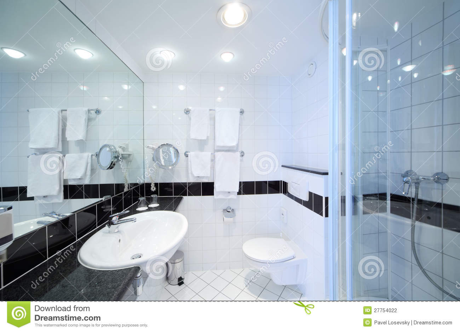Modieuze moderne badkamers stock foto afbeelding bestaande uit eigentijds 27754022 for Moderne badkamers