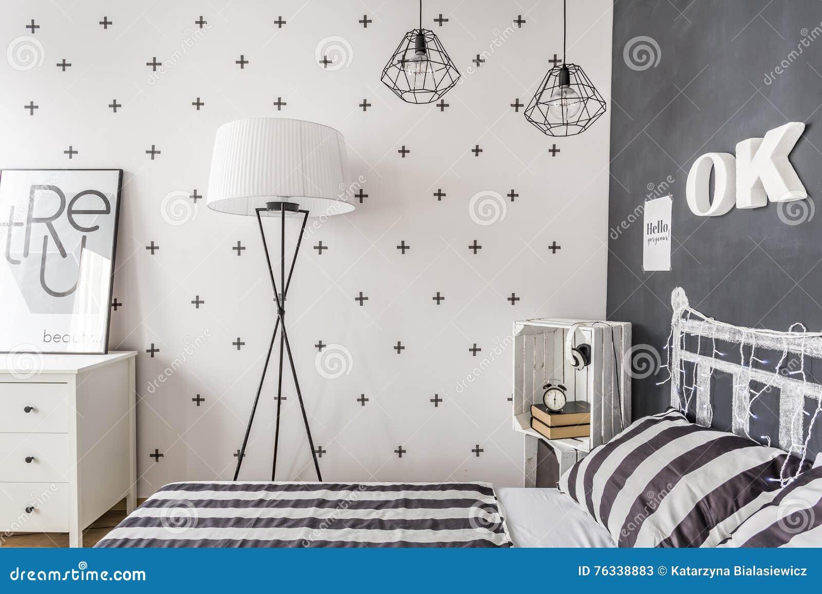 Modischer Schwarzweiss-Kontrast Stockbild - Bild von niemand ...