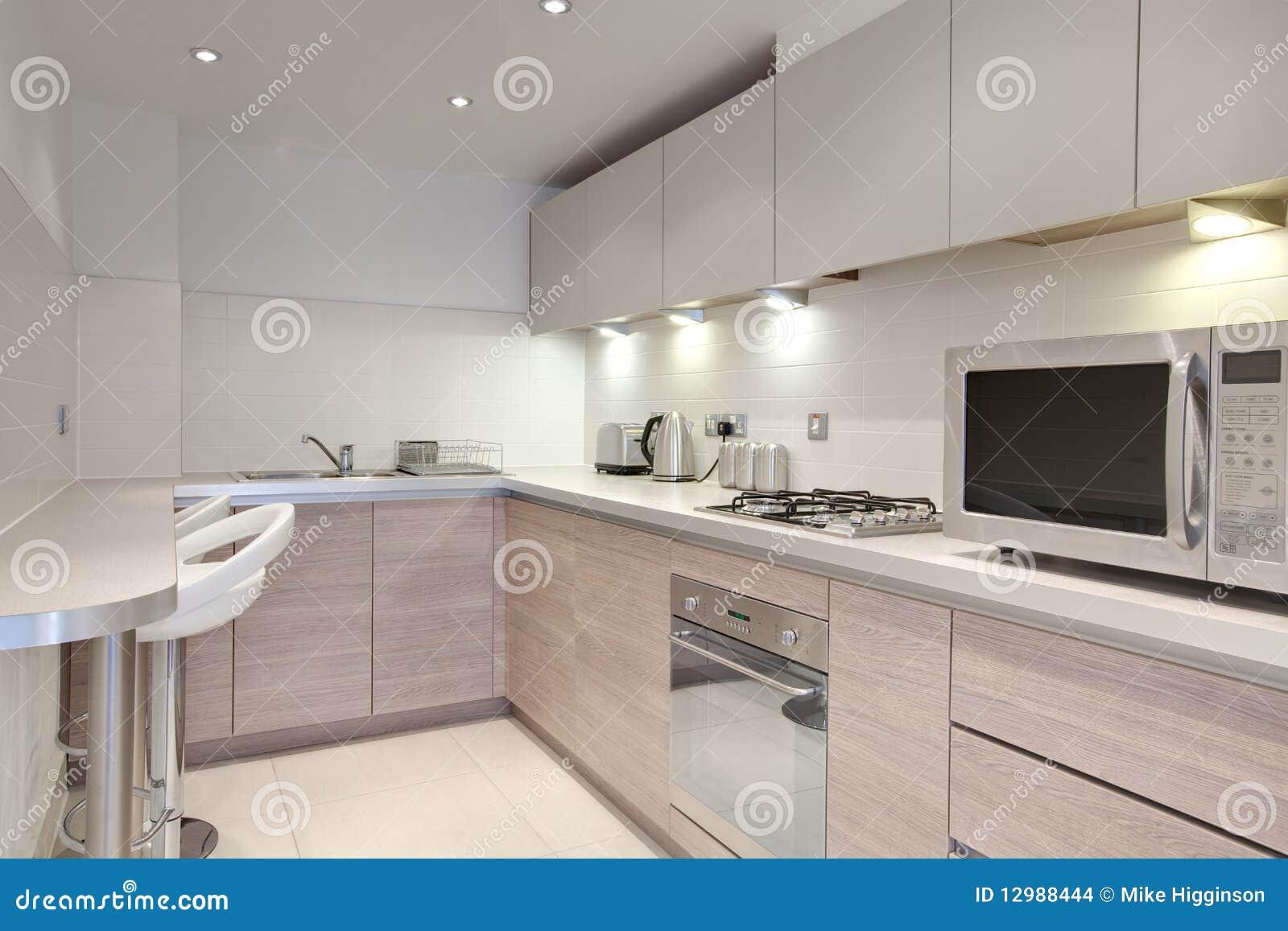 Modna Kuchnia Obrazy Stock  Obraz 12988444 -> Kuchnia Wloska Obrazy