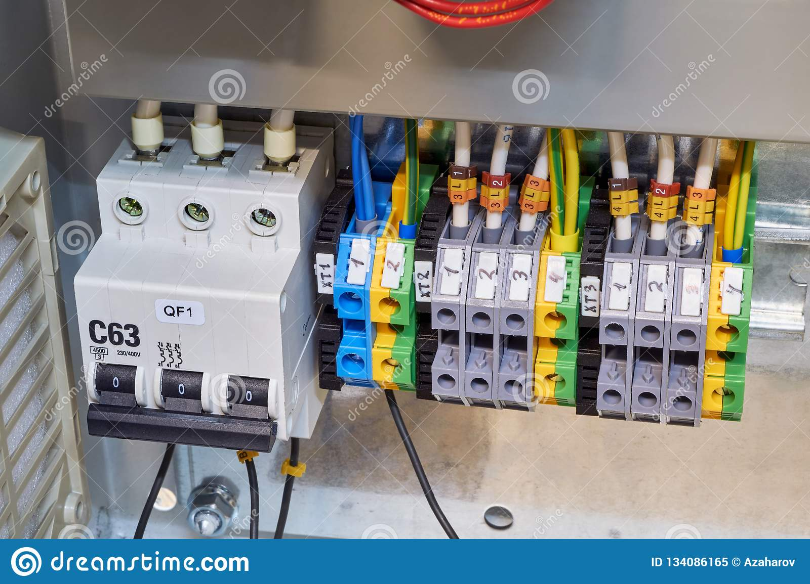 Prime Modular Circuit Breaker And A Number Of Terminals In The Electrical Wiring Digital Resources Tziciprontobusorg