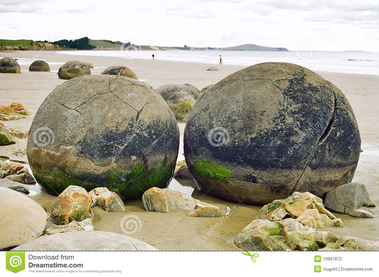Moeraki Boulders, New Zealand Stock Photography - Image: 13997872